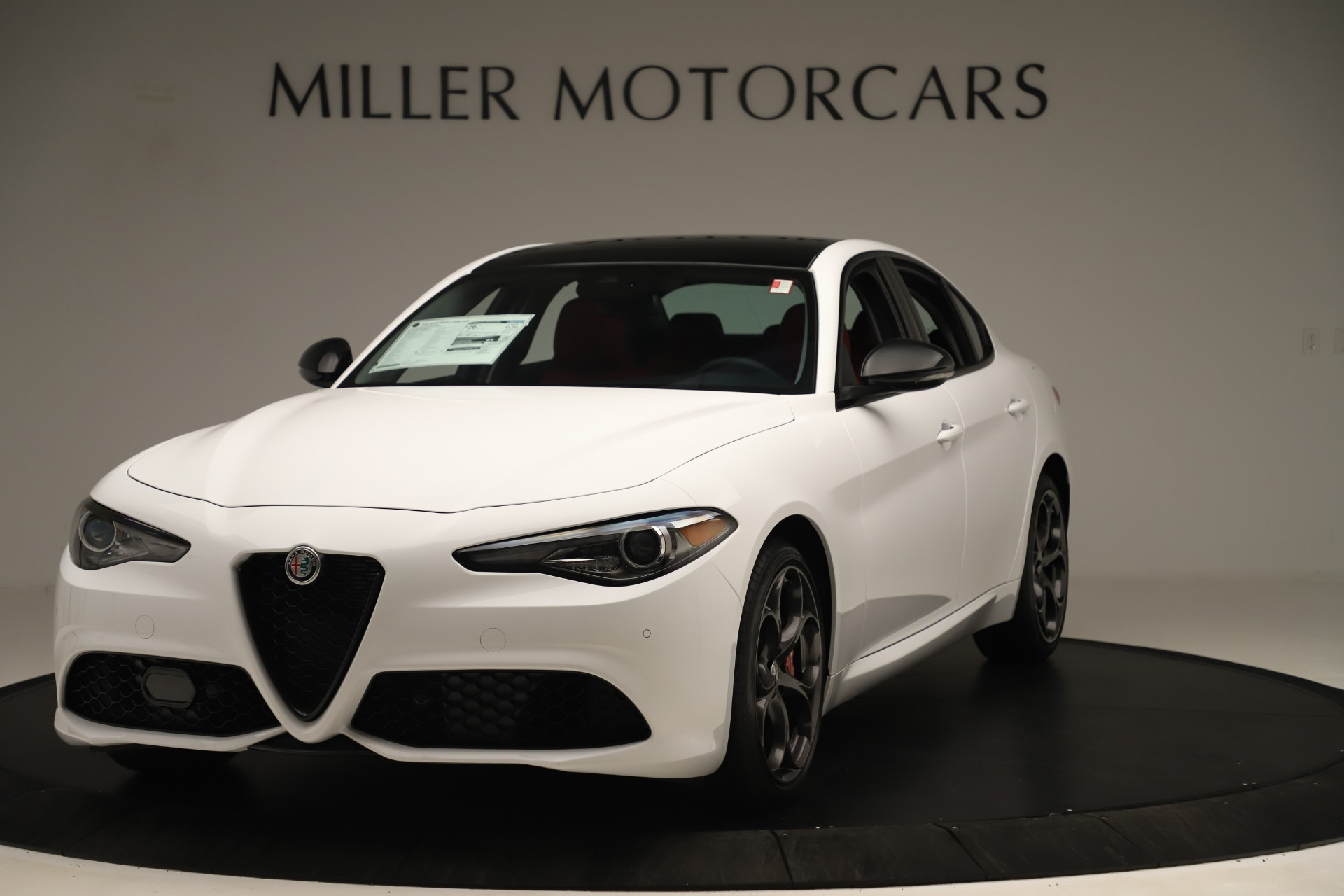 New 2019 Alfa Romeo Giulia Ti Sport Q4 For Sale In Greenwich, CT. Alfa Romeo of Greenwich, L646 3282_main