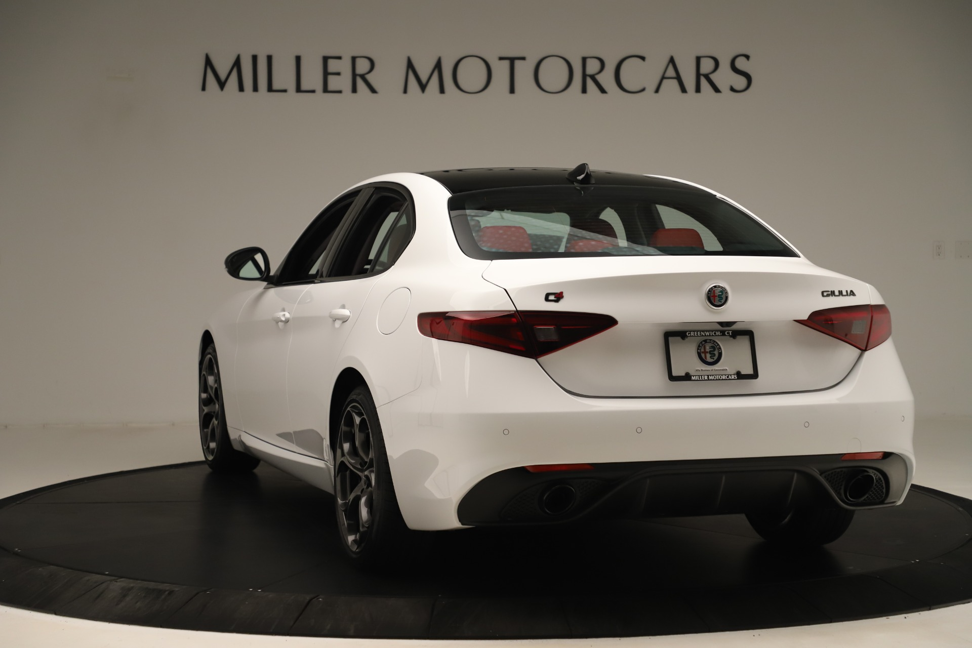 New 2019 Alfa Romeo Giulia Ti Sport Q4 For Sale In Greenwich, CT. Alfa Romeo of Greenwich, L646 3282_p5