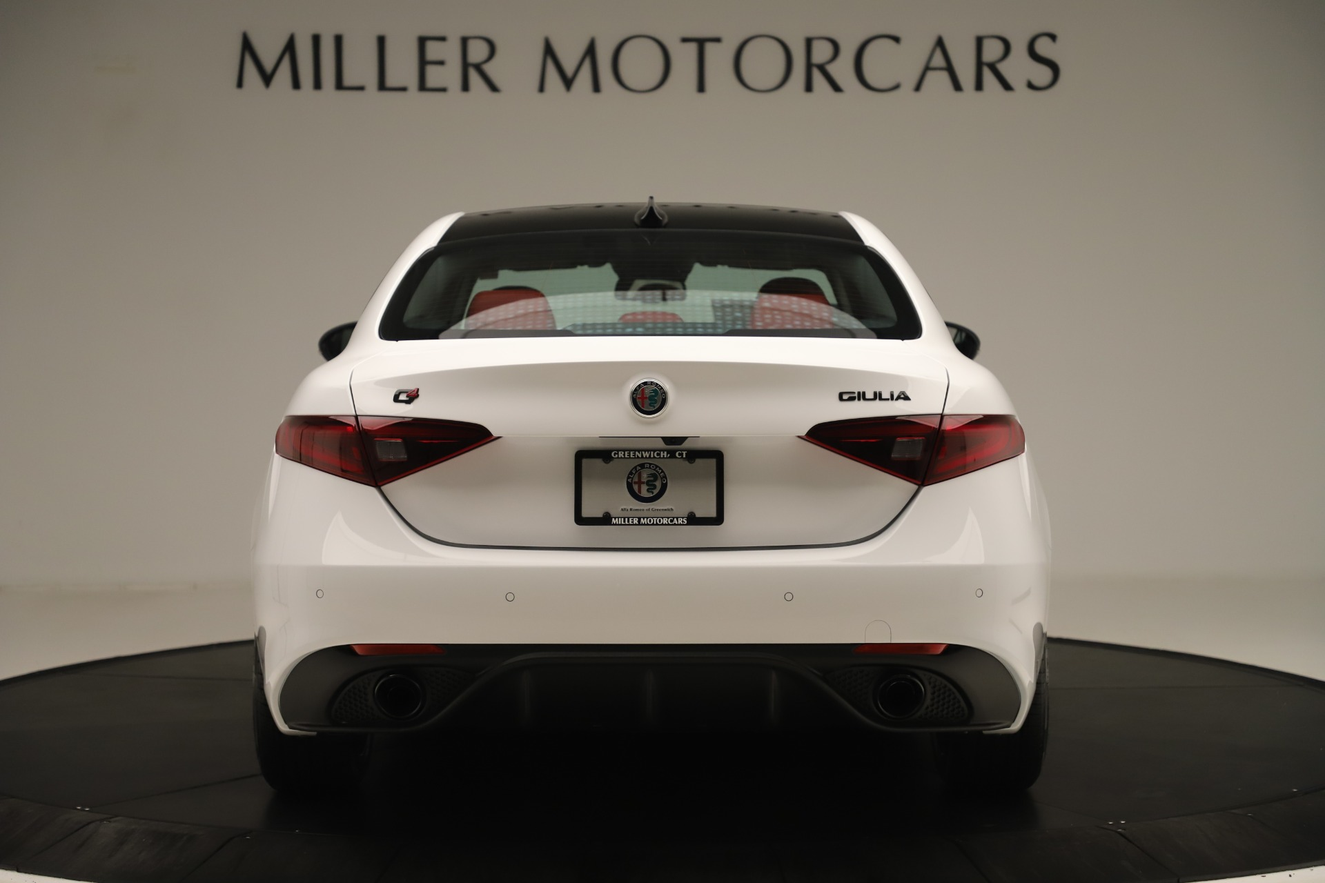 New 2019 Alfa Romeo Giulia Ti Sport Q4 For Sale In Greenwich, CT. Alfa Romeo of Greenwich, L646 3282_p6