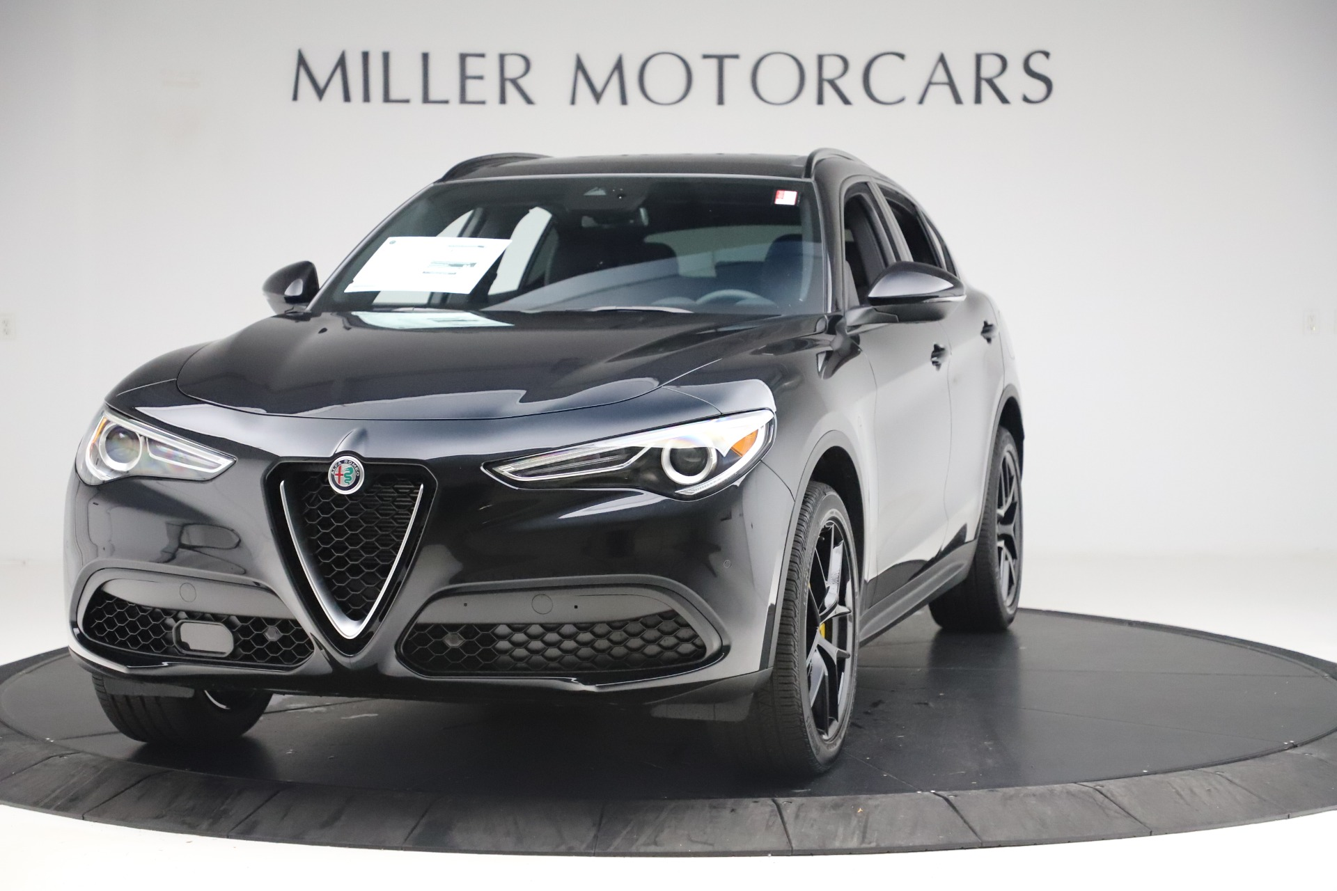 New 2019 Alfa Romeo Stelvio Ti Sport Q4 For Sale In Greenwich, CT. Alfa Romeo of Greenwich, L647