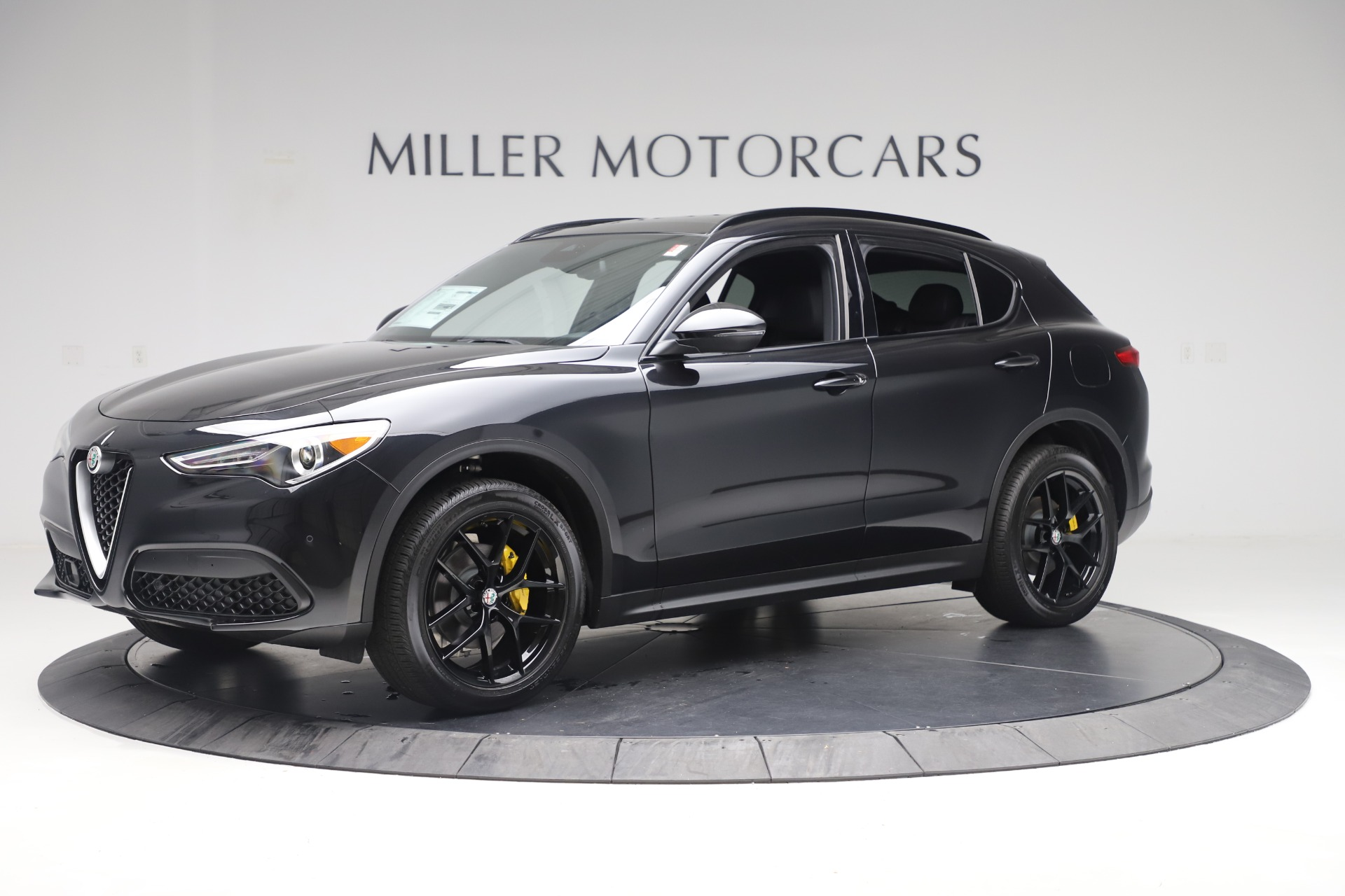 New 2019 Alfa Romeo Stelvio Ti Sport Q4 For Sale In Greenwich, CT. Alfa Romeo of Greenwich, L647 3283_p2