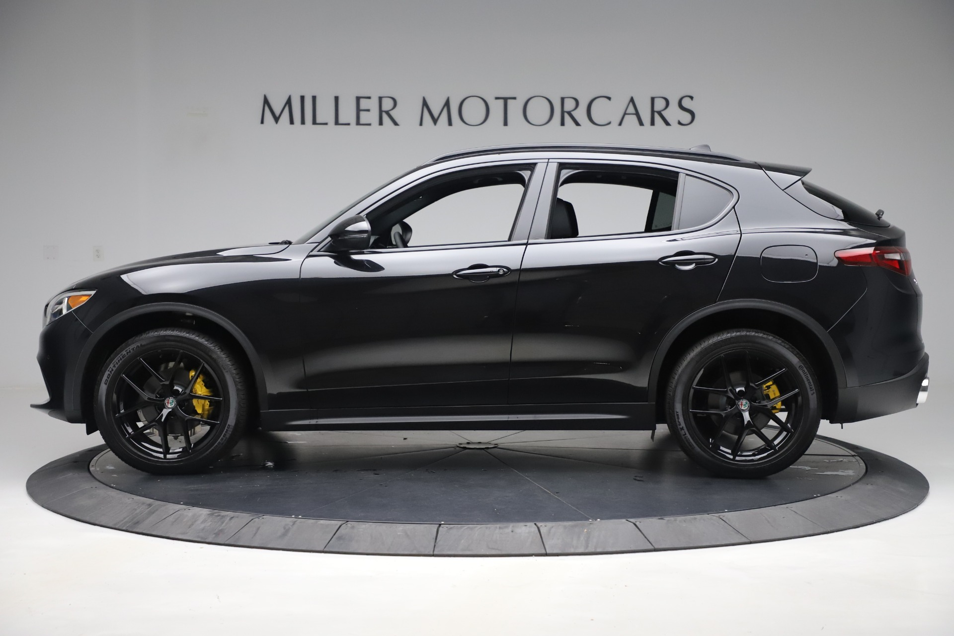 New 2019 Alfa Romeo Stelvio Ti Sport Q4 For Sale In Greenwich, CT. Alfa Romeo of Greenwich, L647 3283_p3