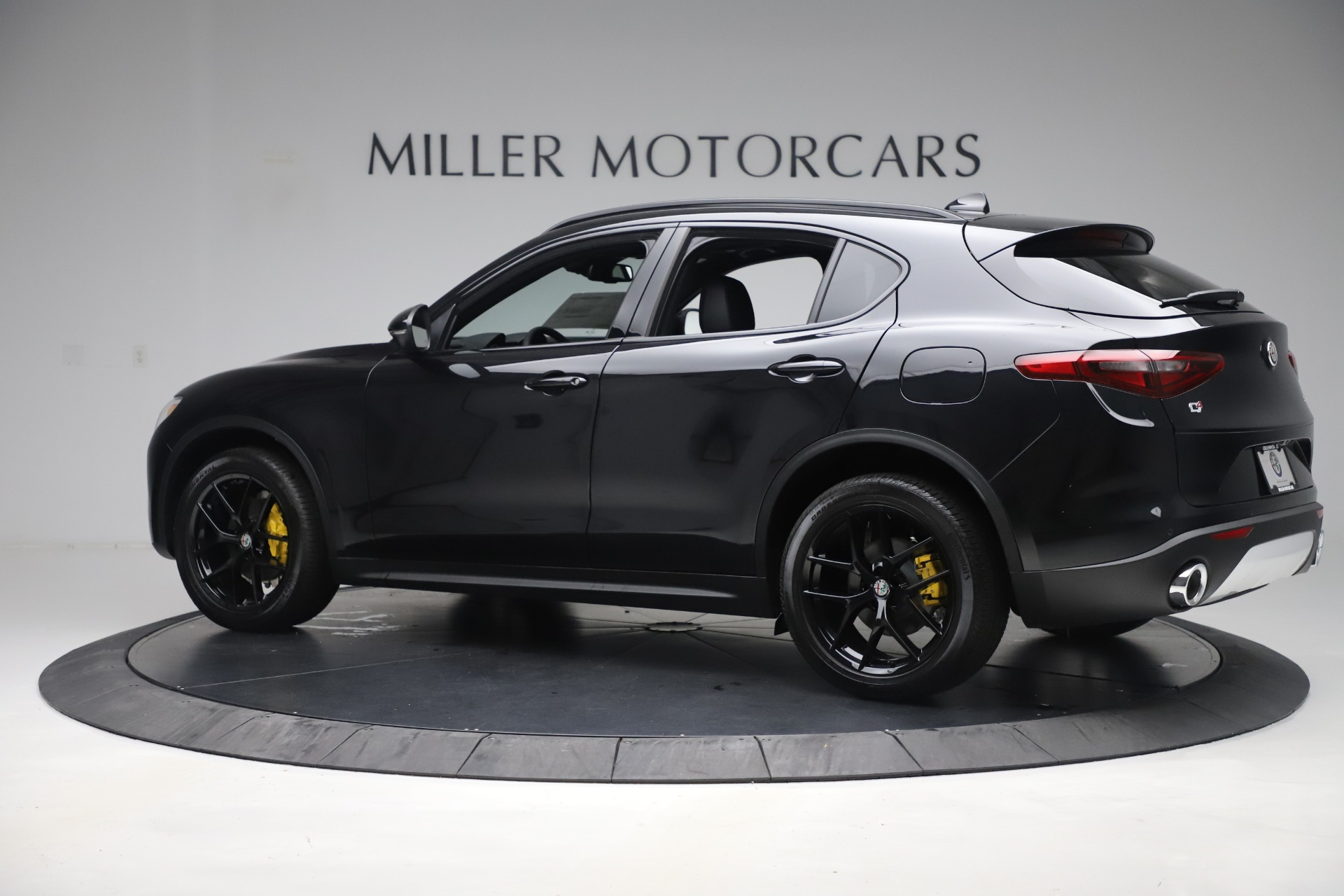 New 2019 Alfa Romeo Stelvio Ti Sport Q4 For Sale In Greenwich, CT. Alfa Romeo of Greenwich, L647 3283_p4