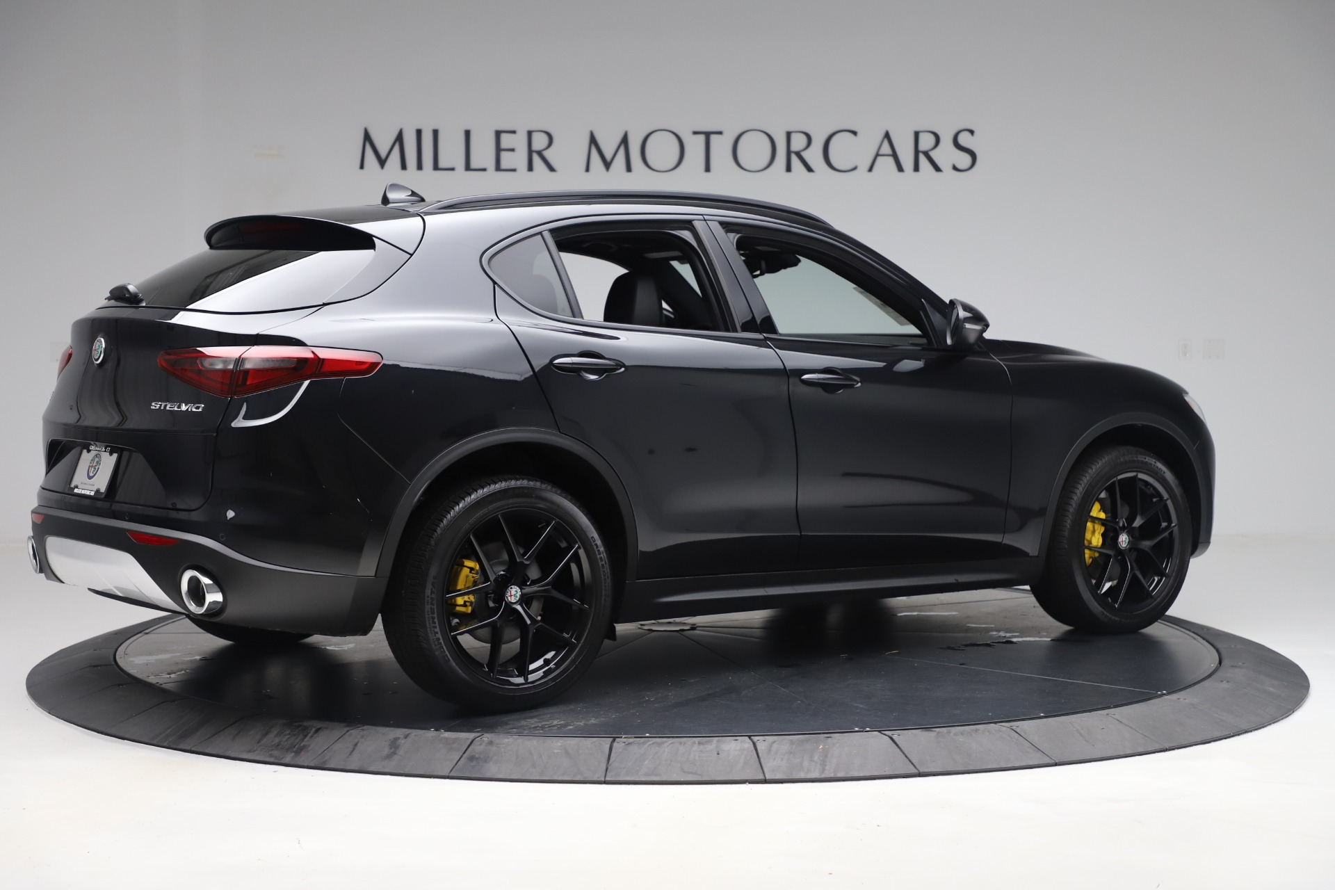 New 2019 Alfa Romeo Stelvio Ti Sport Q4 For Sale In Greenwich, CT. Alfa Romeo of Greenwich, L647 3283_p8