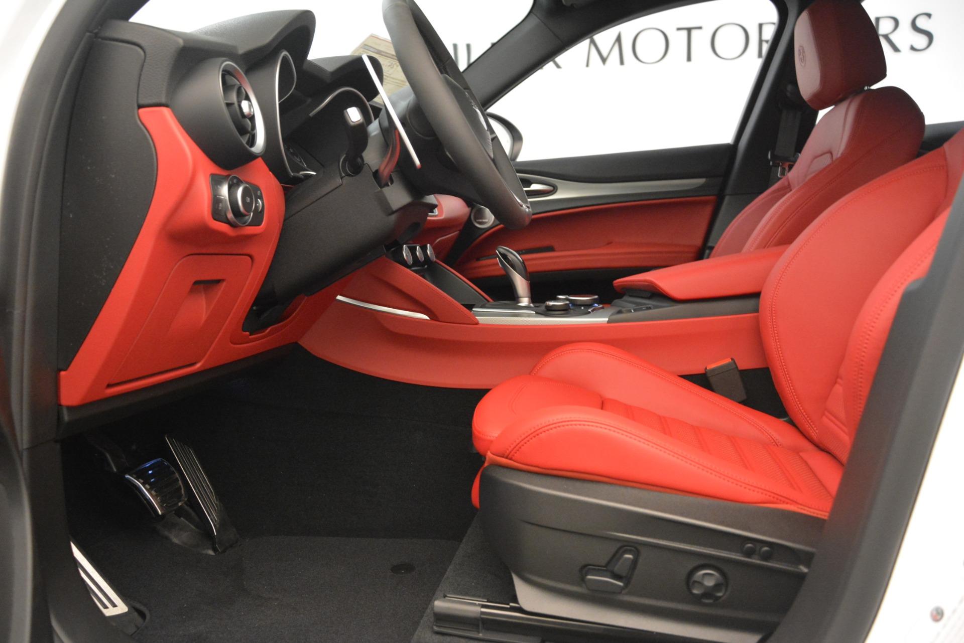 New 2019 Alfa Romeo Stelvio Ti Sport Q4 For Sale In Greenwich, CT. Alfa Romeo of Greenwich, L649 3285_p14