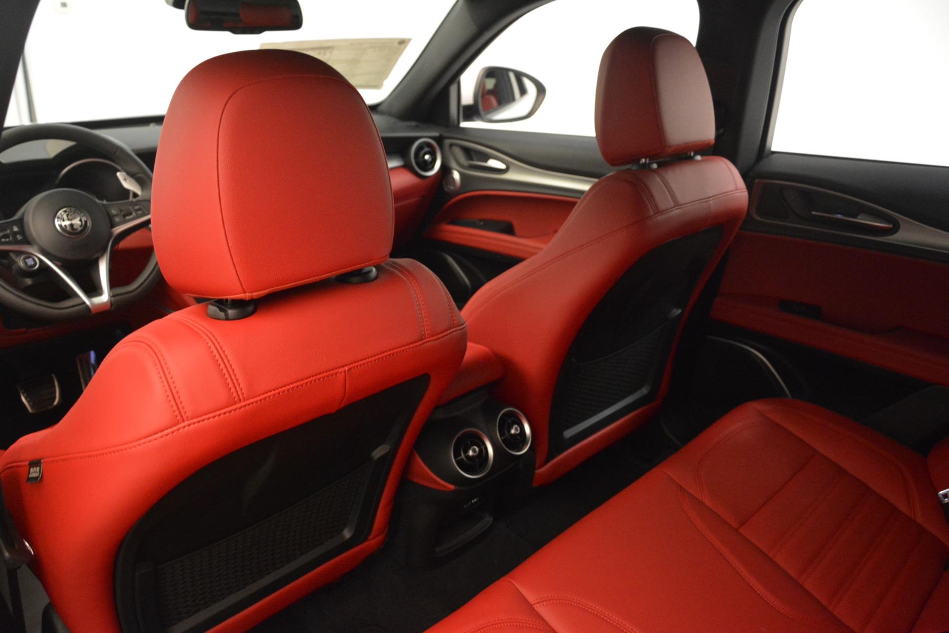 New 2019 Alfa Romeo Stelvio Ti Sport Q4 For Sale In Greenwich, CT. Alfa Romeo of Greenwich, L649 3285_p20
