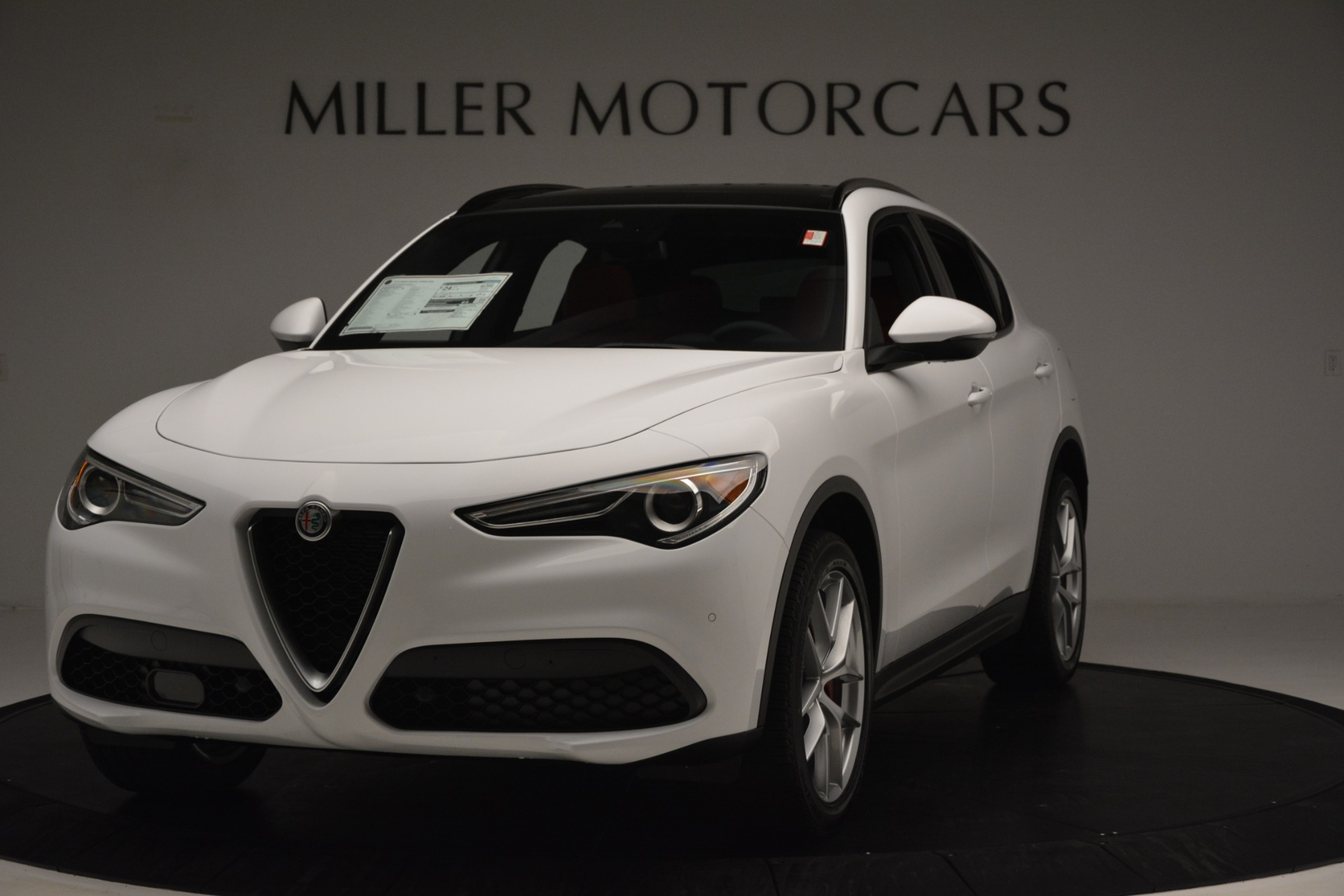 New 2019 Alfa Romeo Stelvio Ti Sport Q4 For Sale In Greenwich, CT. Alfa Romeo of Greenwich, L650 3286_main