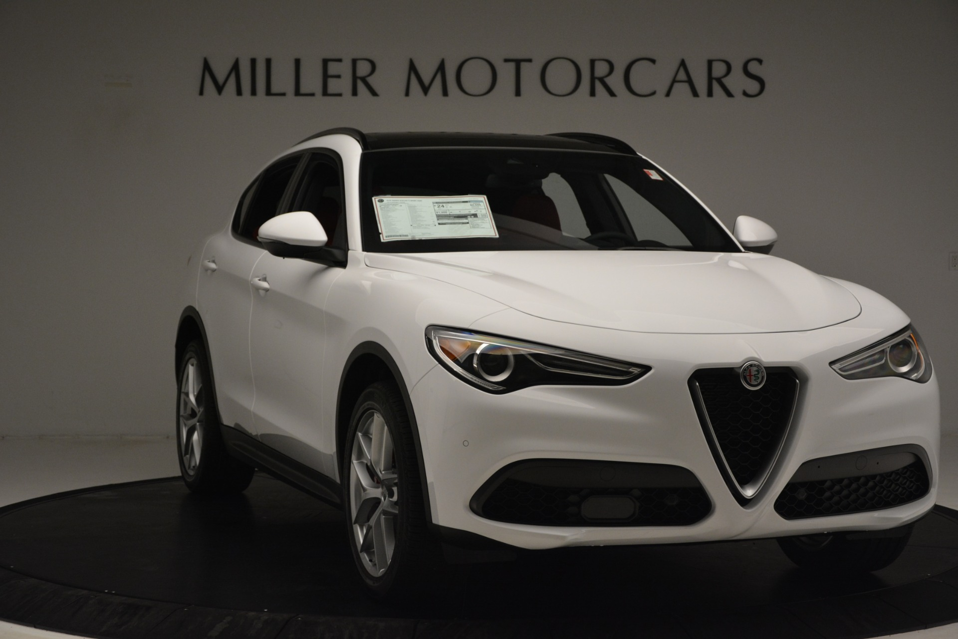 New 2019 Alfa Romeo Stelvio Ti Sport Q4 For Sale In Greenwich, CT. Alfa Romeo of Greenwich, L650 3286_p11