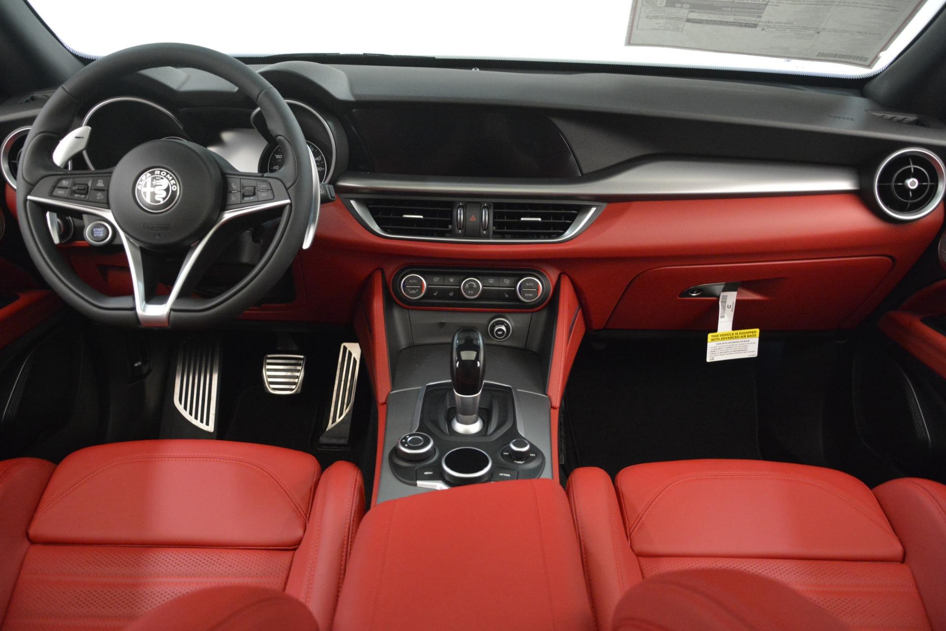 New 2019 Alfa Romeo Stelvio Ti Sport Q4 For Sale In Greenwich, CT. Alfa Romeo of Greenwich, L650 3286_p16