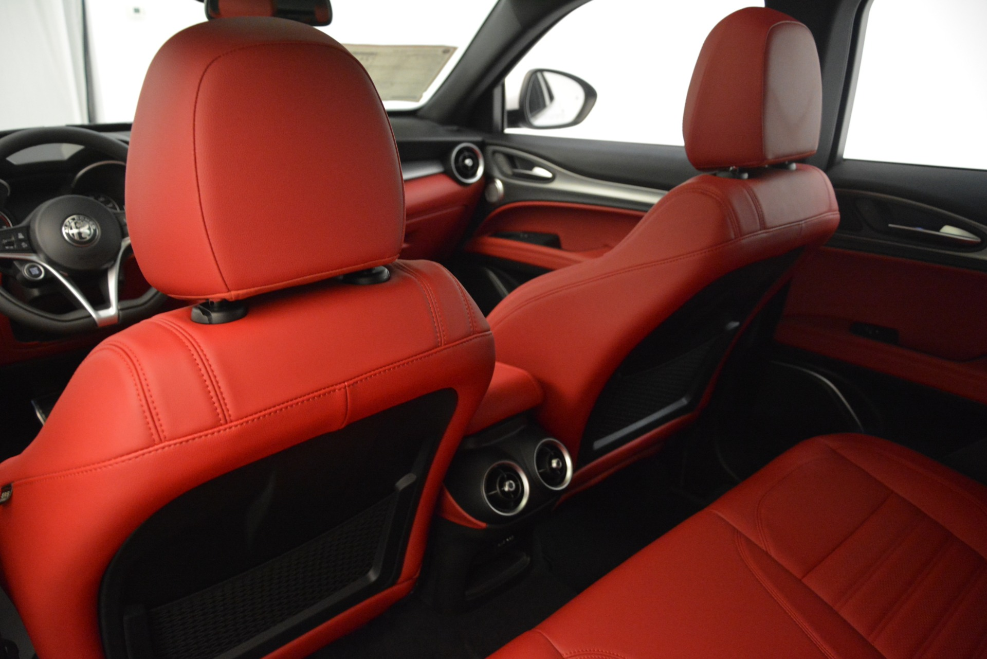 New 2019 Alfa Romeo Stelvio Ti Sport Q4 For Sale In Greenwich, CT. Alfa Romeo of Greenwich, L650 3286_p20