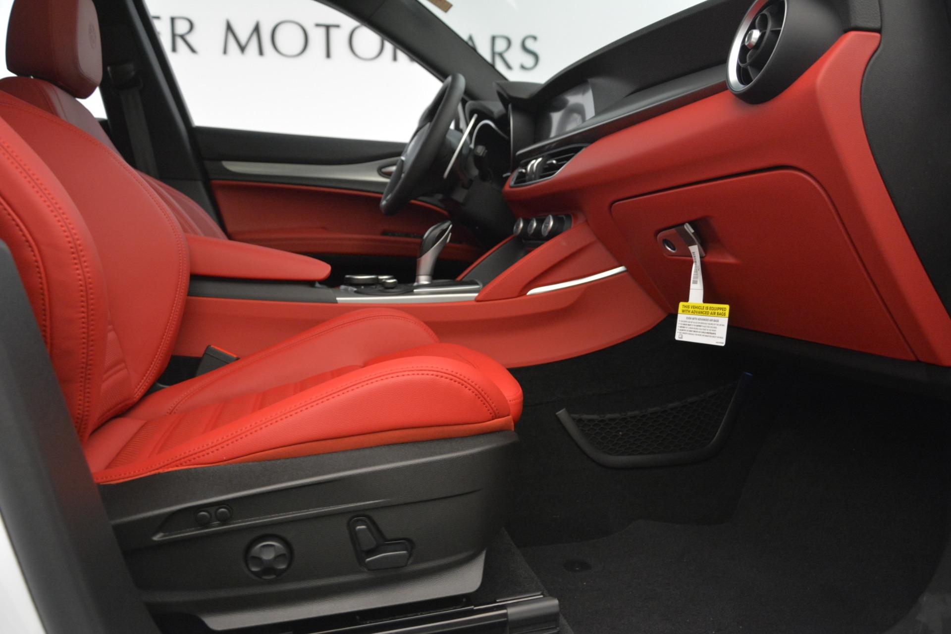 New 2019 Alfa Romeo Stelvio Ti Sport Q4 For Sale In Greenwich, CT. Alfa Romeo of Greenwich, L650 3286_p23