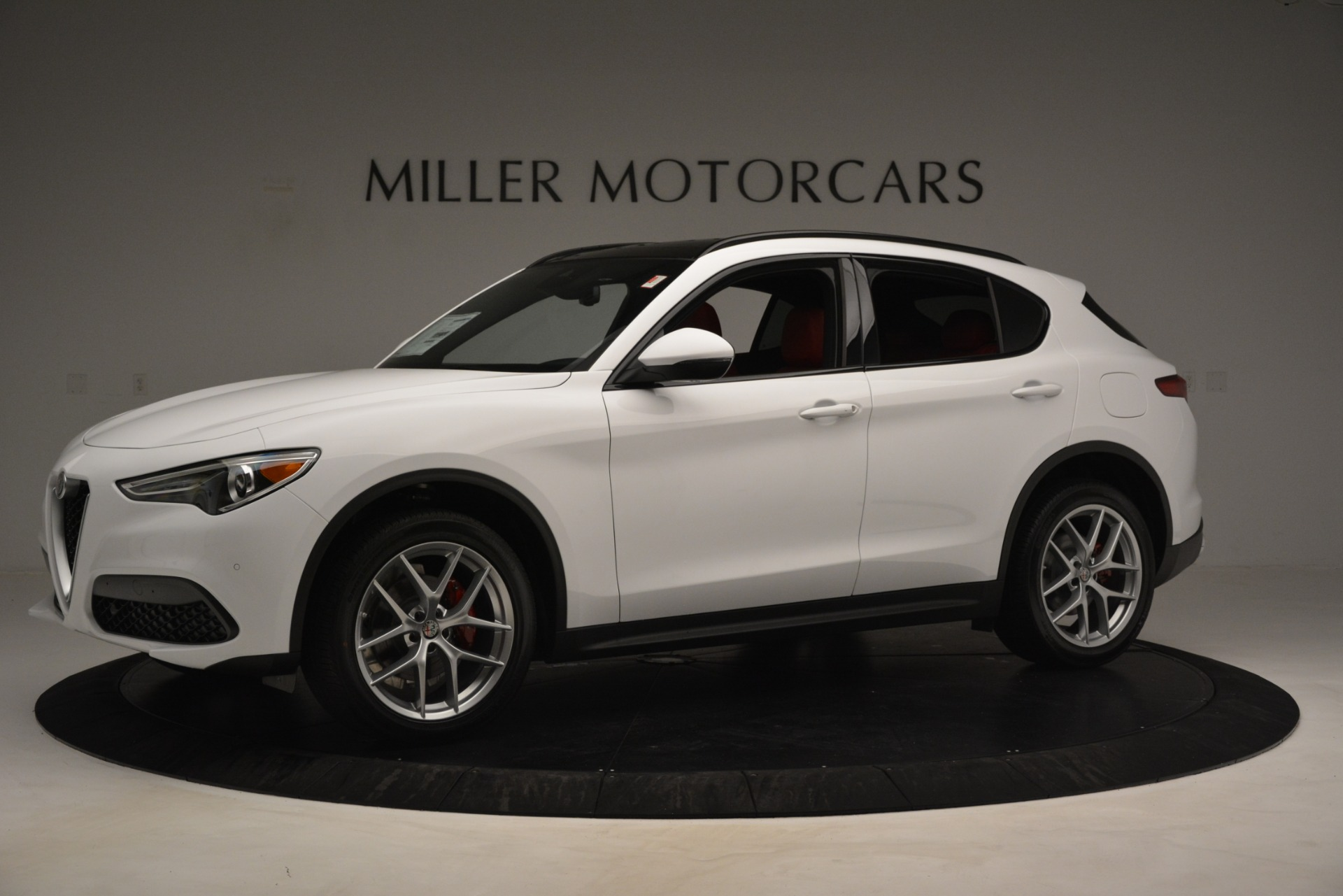 New 2019 Alfa Romeo Stelvio Ti Sport Q4 For Sale In Greenwich, CT. Alfa Romeo of Greenwich, L650 3286_p2