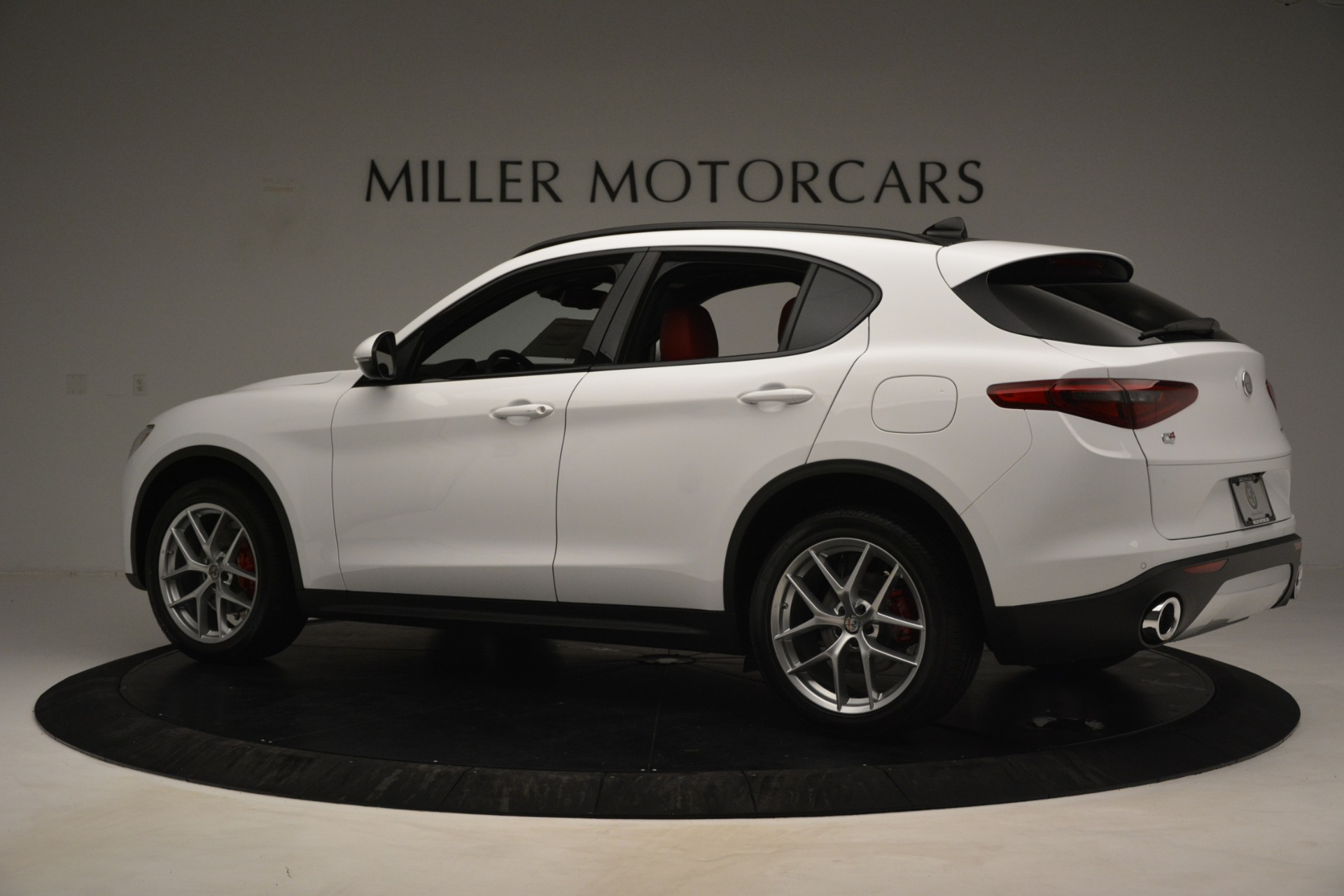 New 2019 Alfa Romeo Stelvio Ti Sport Q4 For Sale In Greenwich, CT. Alfa Romeo of Greenwich, L650 3286_p4