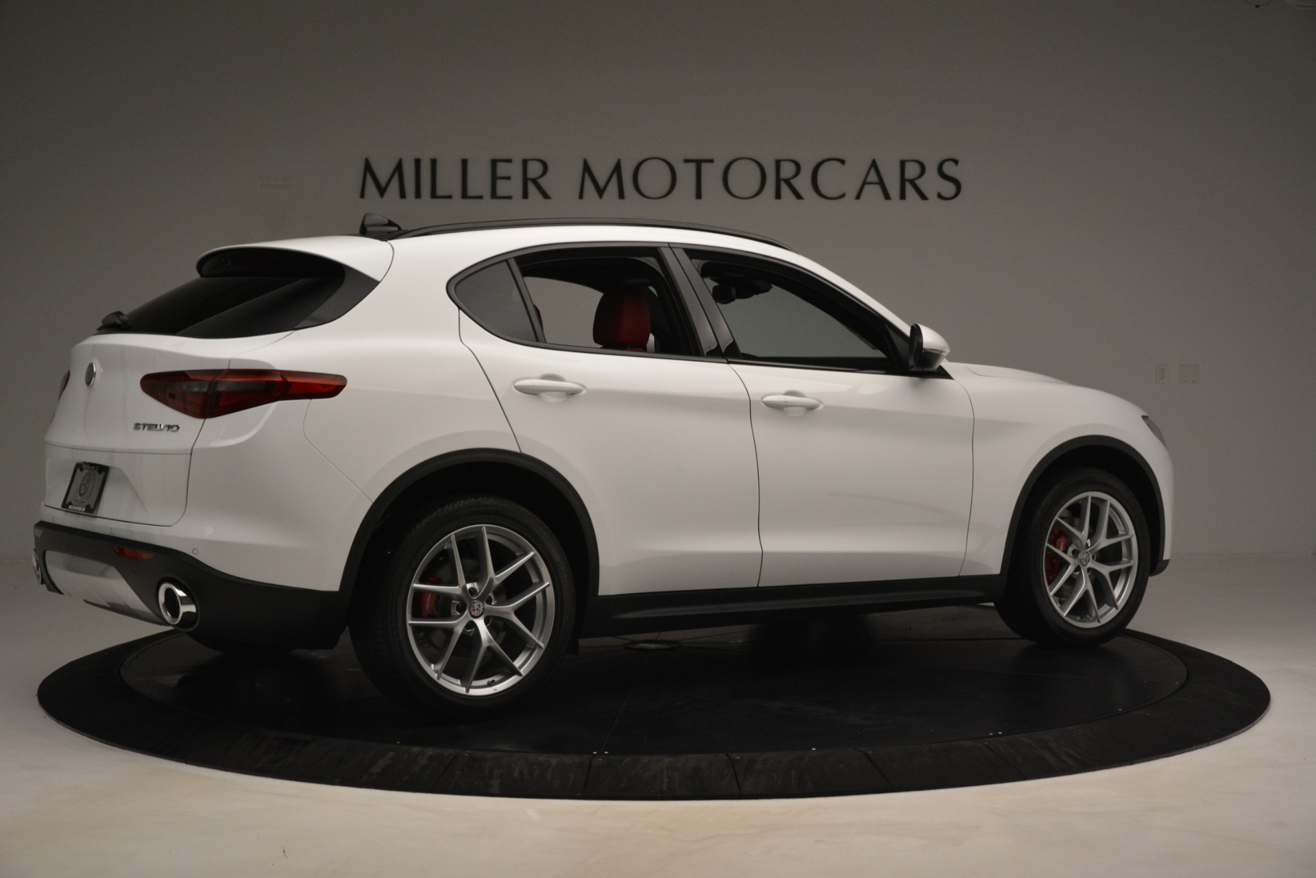 New 2019 Alfa Romeo Stelvio Ti Sport Q4 For Sale In Greenwich, CT. Alfa Romeo of Greenwich, L650 3286_p8