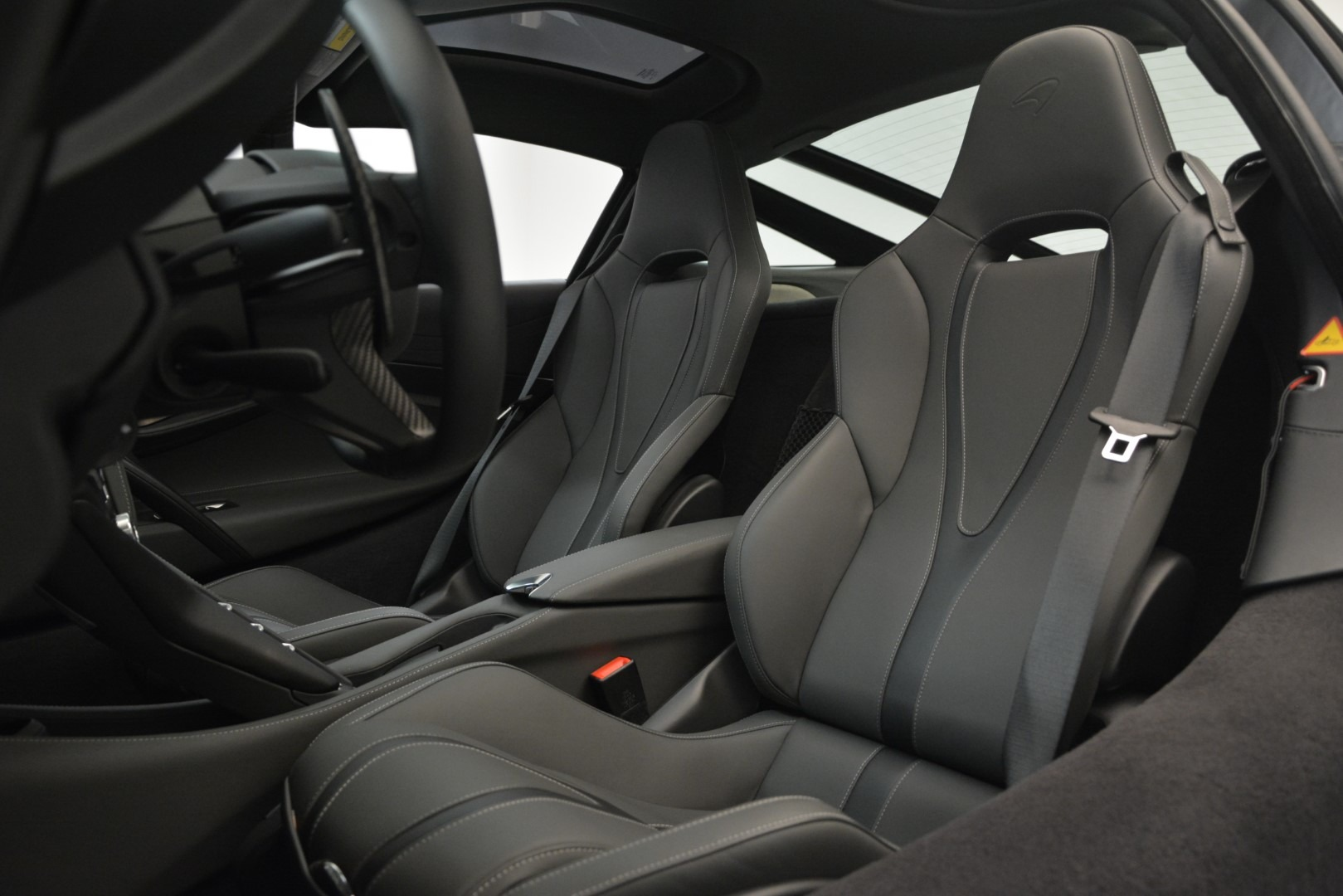 Used 2018 McLaren 720S Coupe For Sale In Greenwich, CT. Alfa Romeo of Greenwich, 3170 3287_p16