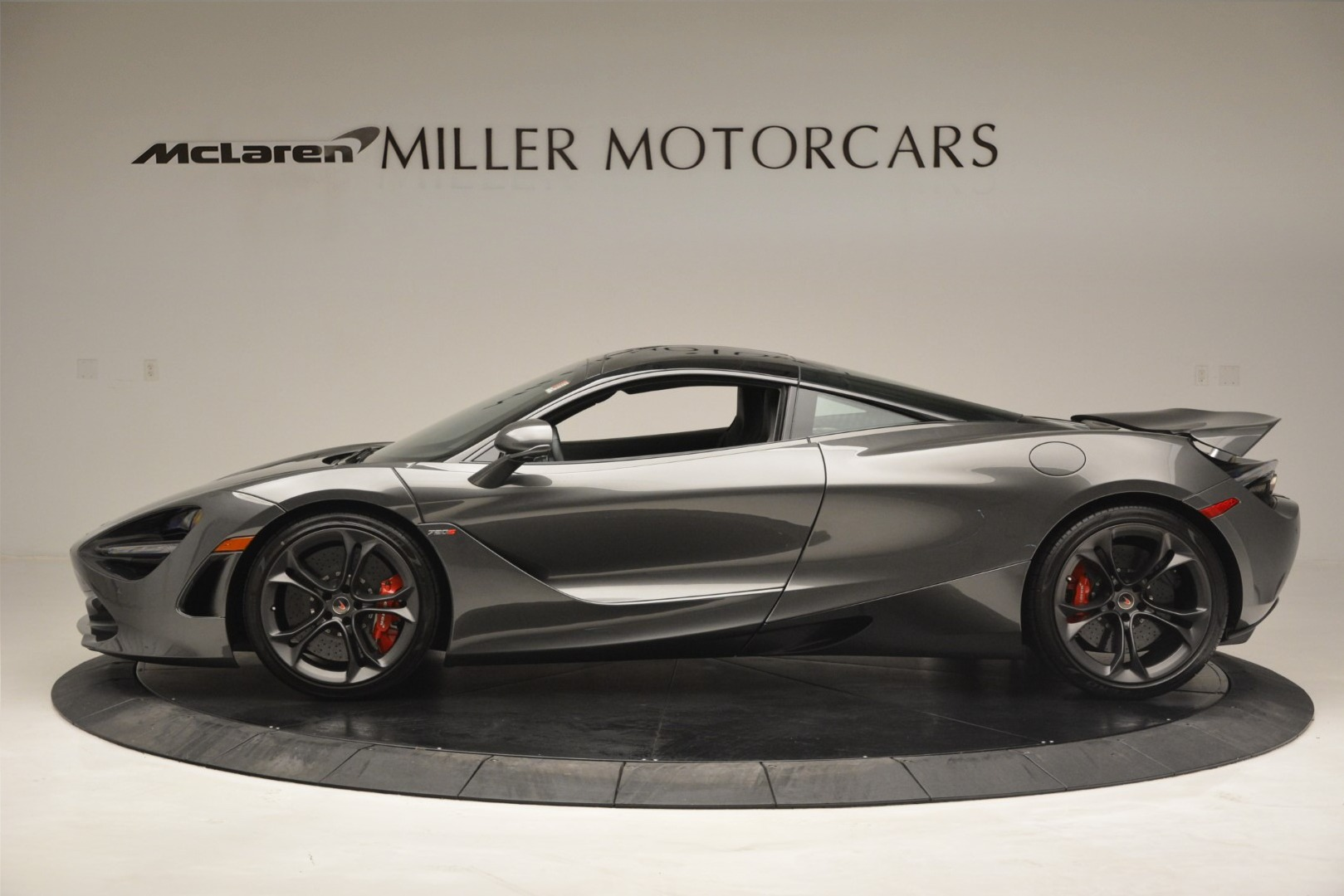 Used 2018 McLaren 720S Coupe For Sale In Greenwich, CT. Alfa Romeo of Greenwich, 3170 3287_p2