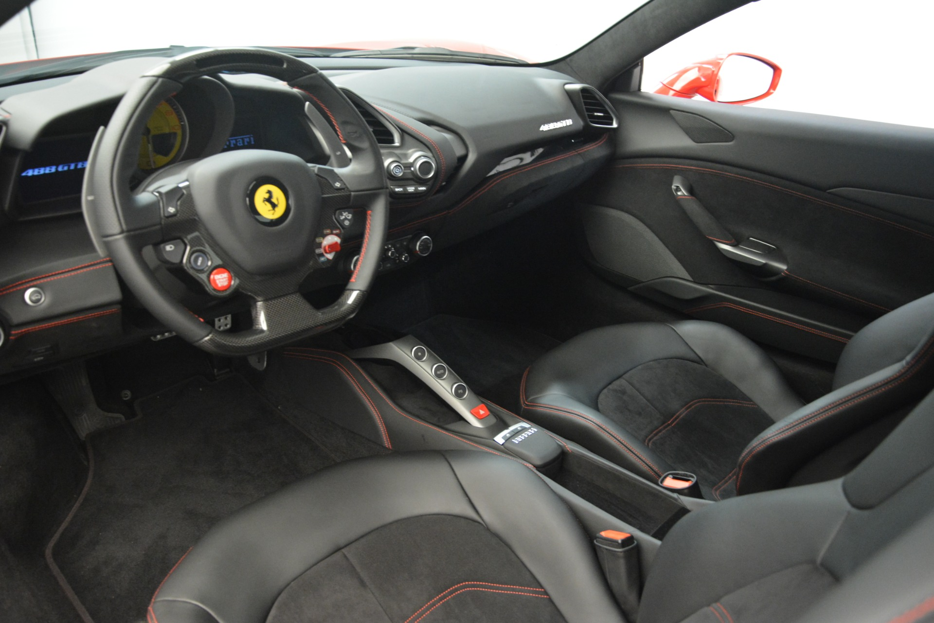 Used 2018 Ferrari 488 GTB  For Sale In Greenwich, CT. Alfa Romeo of Greenwich, F1995A 3288_p15