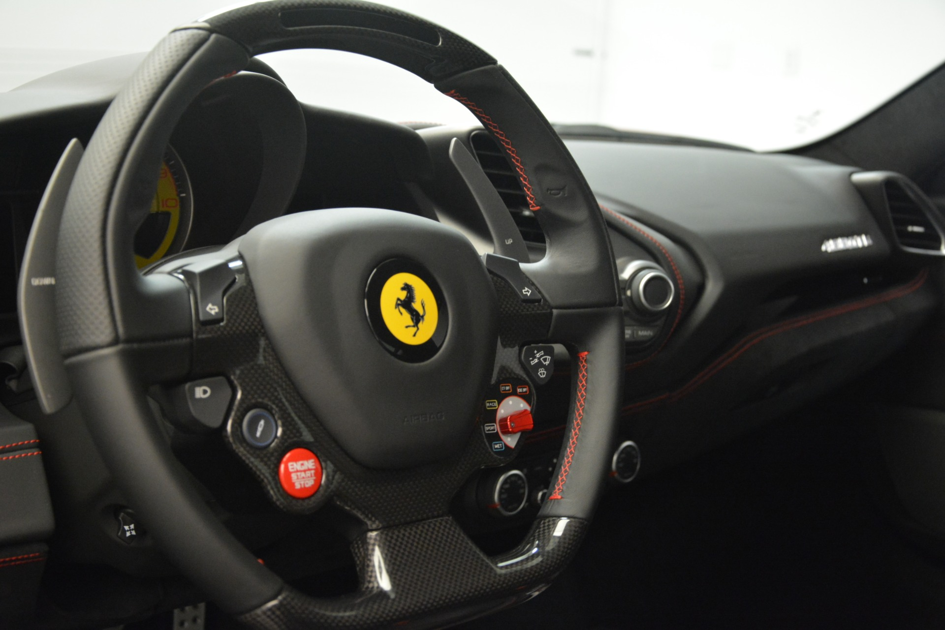 Used 2018 Ferrari 488 GTB  For Sale In Greenwich, CT. Alfa Romeo of Greenwich, F1995A 3288_p22