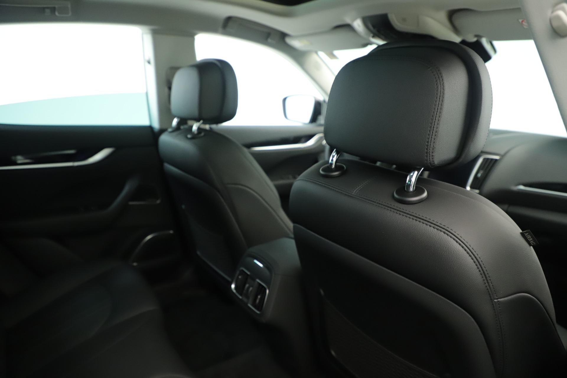 New 2019 Maserati Levante Q4 Nerissimo For Sale In Greenwich, CT. Alfa Romeo of Greenwich, M2320 3290_p28