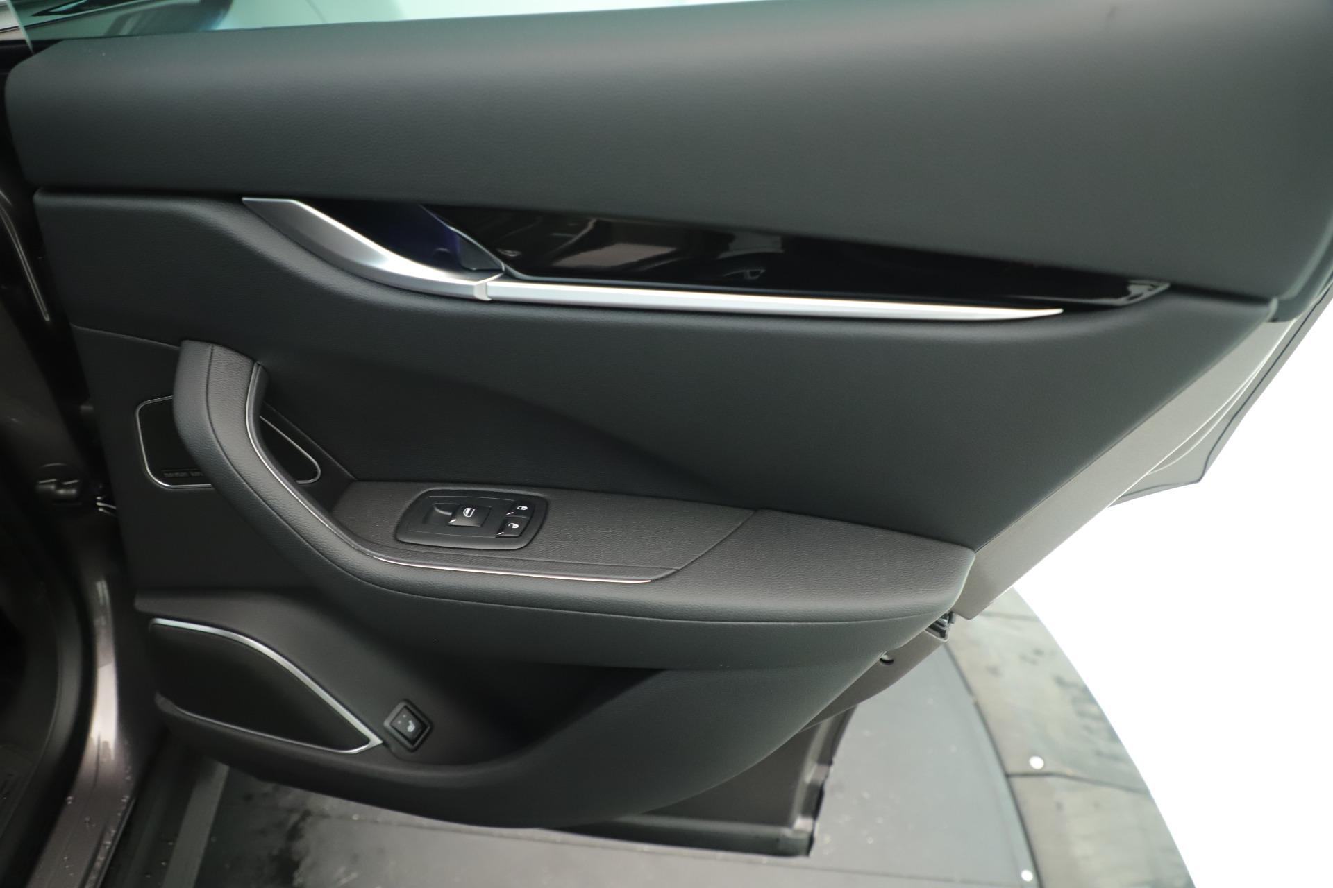 New 2019 Maserati Levante Q4 Nerissimo For Sale In Greenwich, CT. Alfa Romeo of Greenwich, M2320 3290_p29