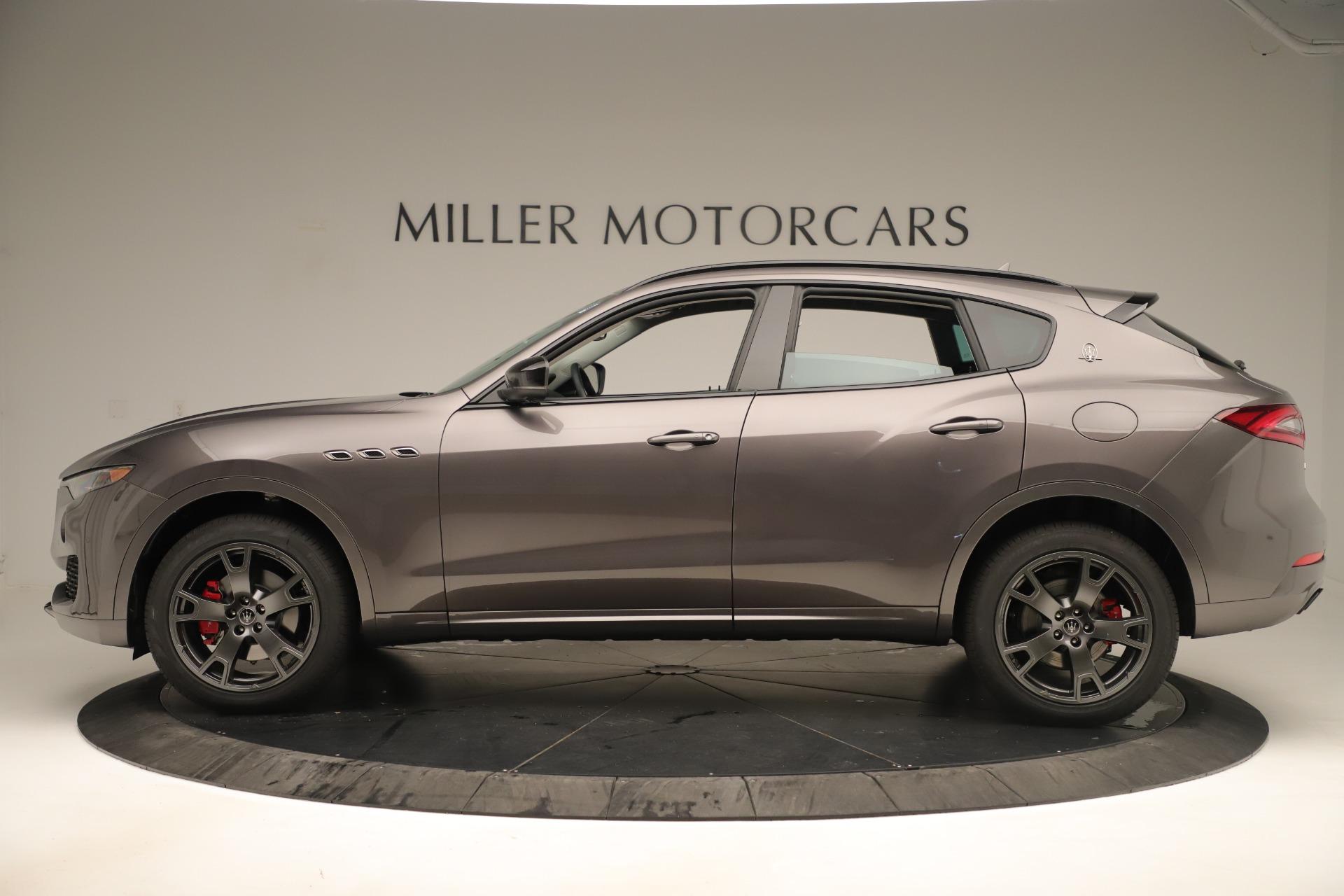 New 2019 Maserati Levante Q4 Nerissimo For Sale In Greenwich, CT. Alfa Romeo of Greenwich, M2320 3290_p3