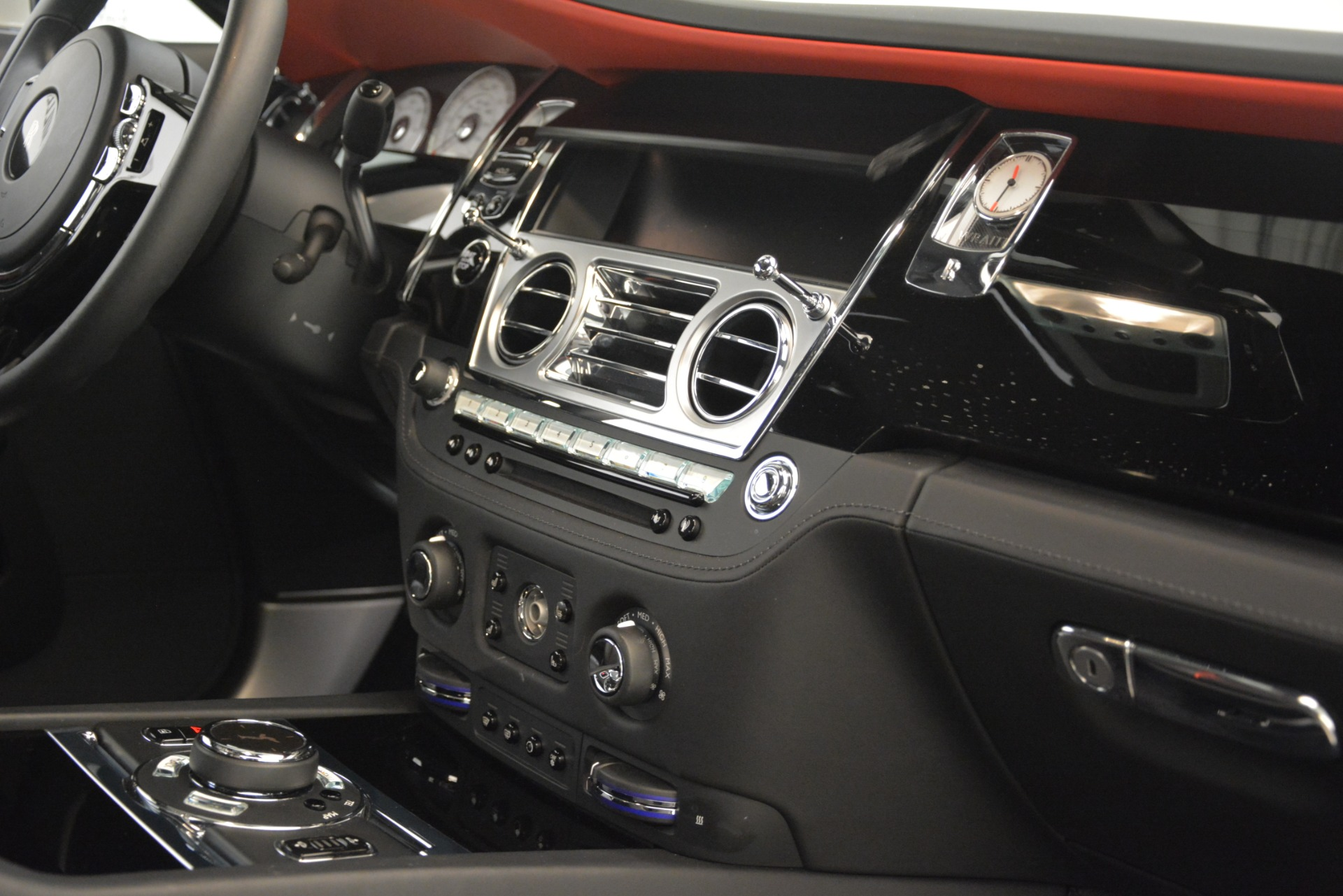 Used 2016 Rolls-Royce Wraith  For Sale In Greenwich, CT. Alfa Romeo of Greenwich, 7264A 3294_p24