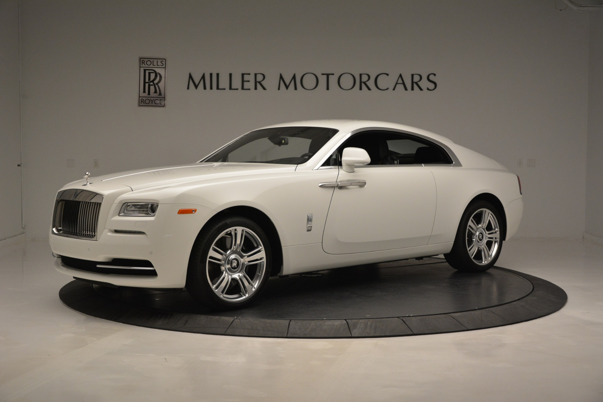 Used 2016 Rolls-Royce Wraith  For Sale In Greenwich, CT. Alfa Romeo of Greenwich, 7264A 3294_p2