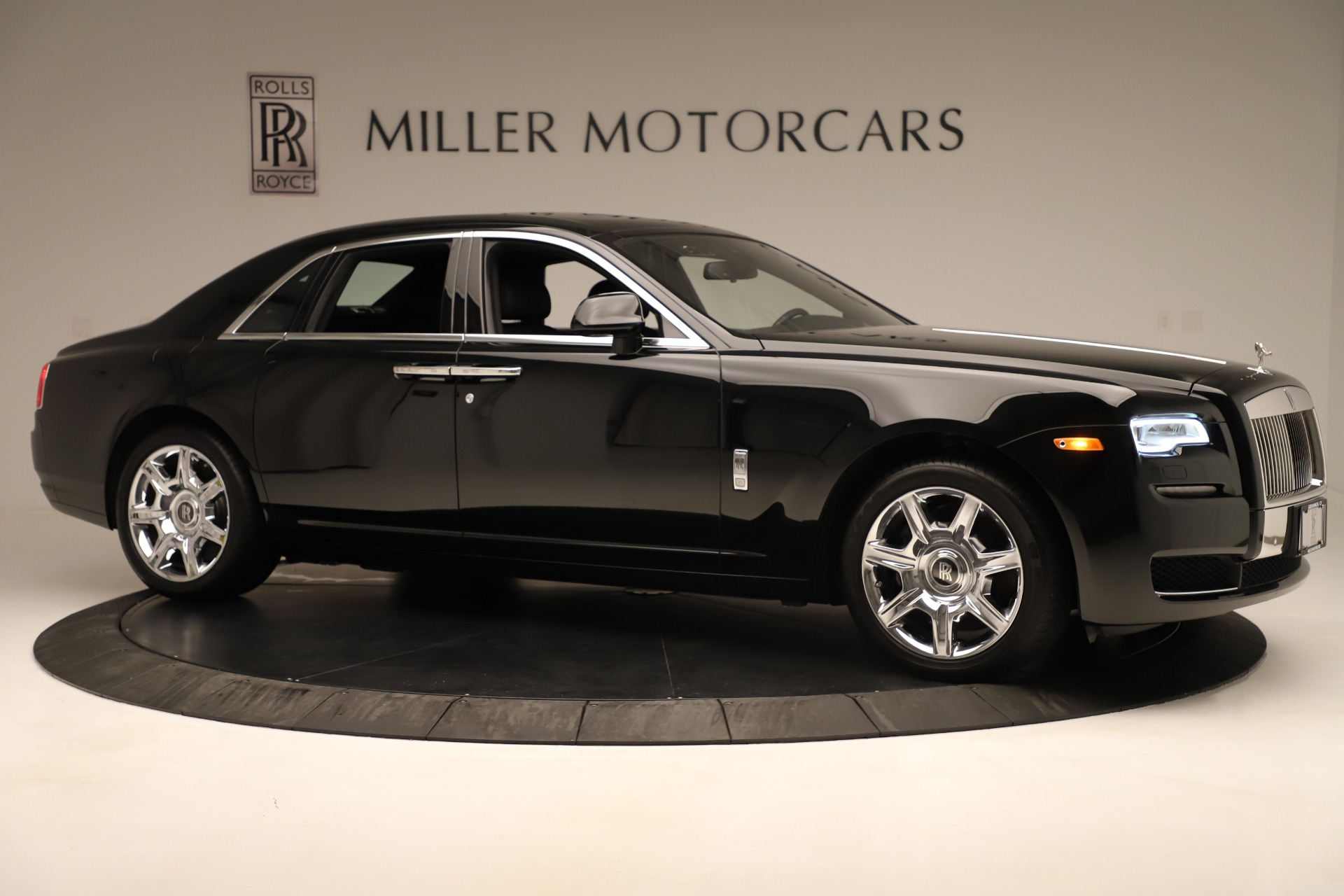 Used 2016 Rolls-Royce Ghost  For Sale In Greenwich, CT. Alfa Romeo of Greenwich, 7600 3298_p10