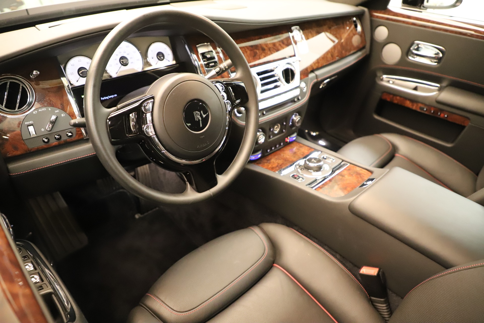 Used 2016 Rolls-Royce Ghost  For Sale In Greenwich, CT. Alfa Romeo of Greenwich, 7600 3298_p13