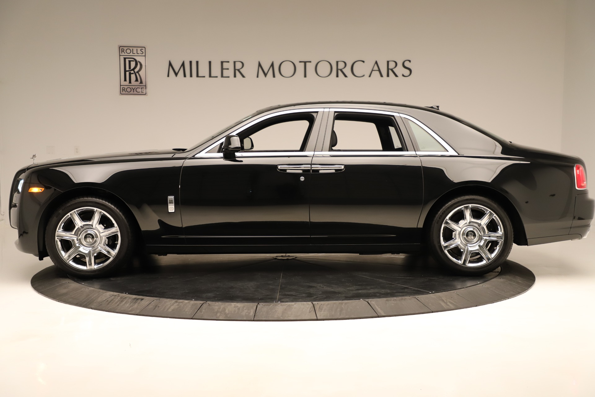 Used 2016 Rolls-Royce Ghost  For Sale In Greenwich, CT. Alfa Romeo of Greenwich, 7600 3298_p3