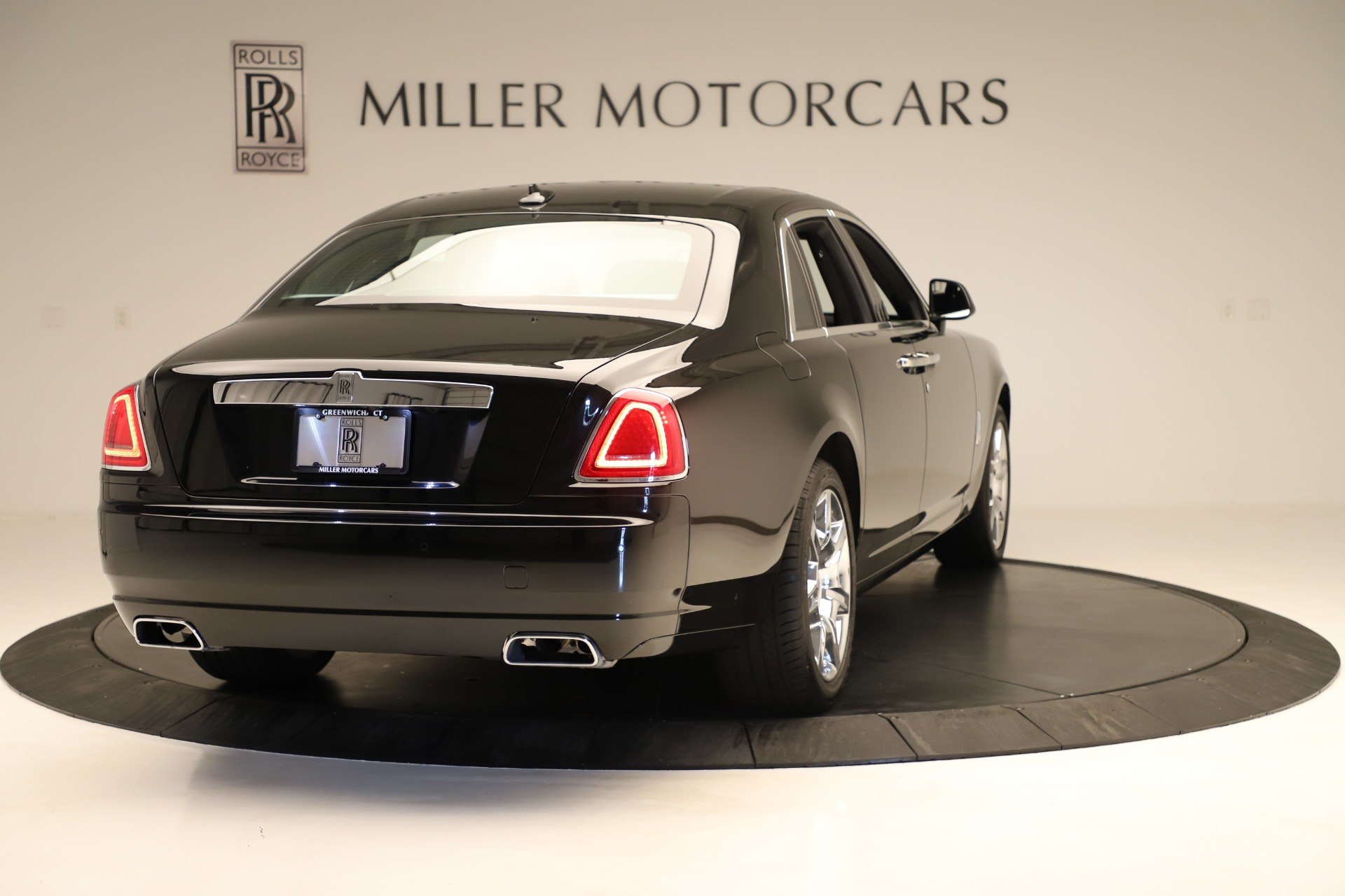 Used 2016 Rolls-Royce Ghost  For Sale In Greenwich, CT. Alfa Romeo of Greenwich, 7600 3298_p7