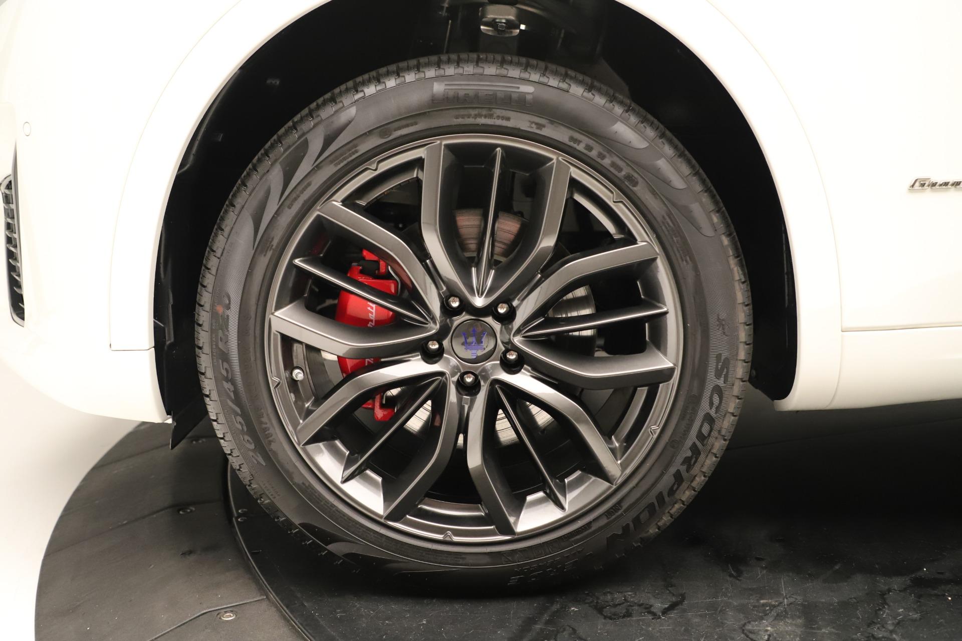 New 2019 Maserati Levante Q4 GranSport Nerissimo For Sale In Greenwich, CT. Alfa Romeo of Greenwich, M2323 3300_p30