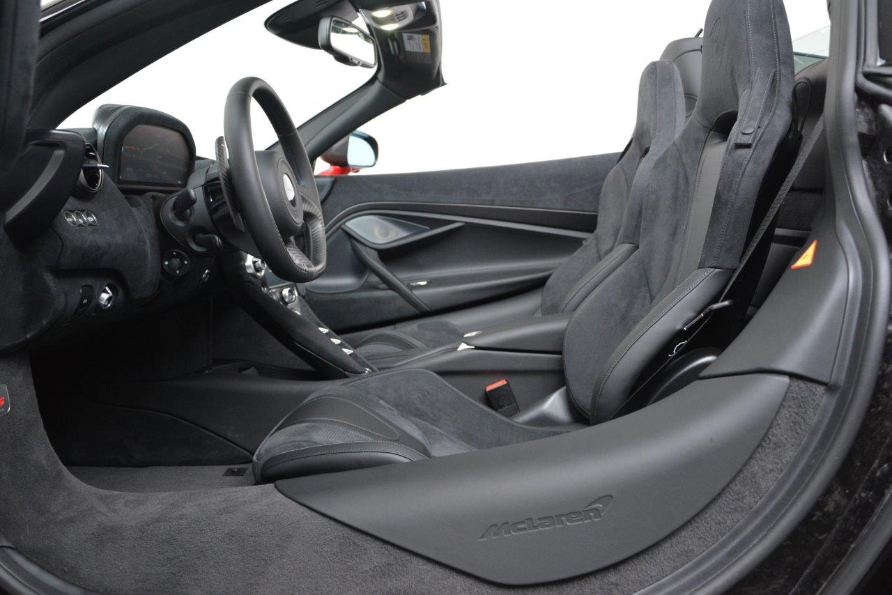 Used 0    For Sale In Greenwich, CT. Alfa Romeo of Greenwich, 123 3304_p23