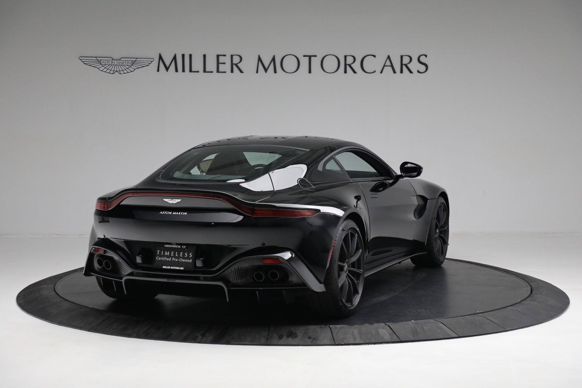 New 2019 Aston Martin Vantage Coupe For Sale In Greenwich, CT. Alfa Romeo of Greenwich, A1363 3307_p6