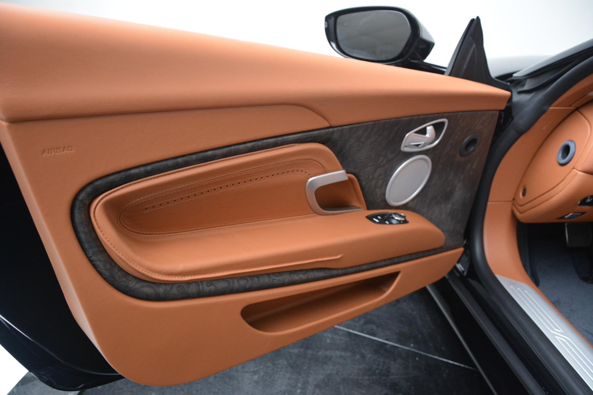 New 2019 Aston Martin DB11 V8 For Sale In Greenwich, CT. Alfa Romeo of Greenwich, A1370 3308_p23