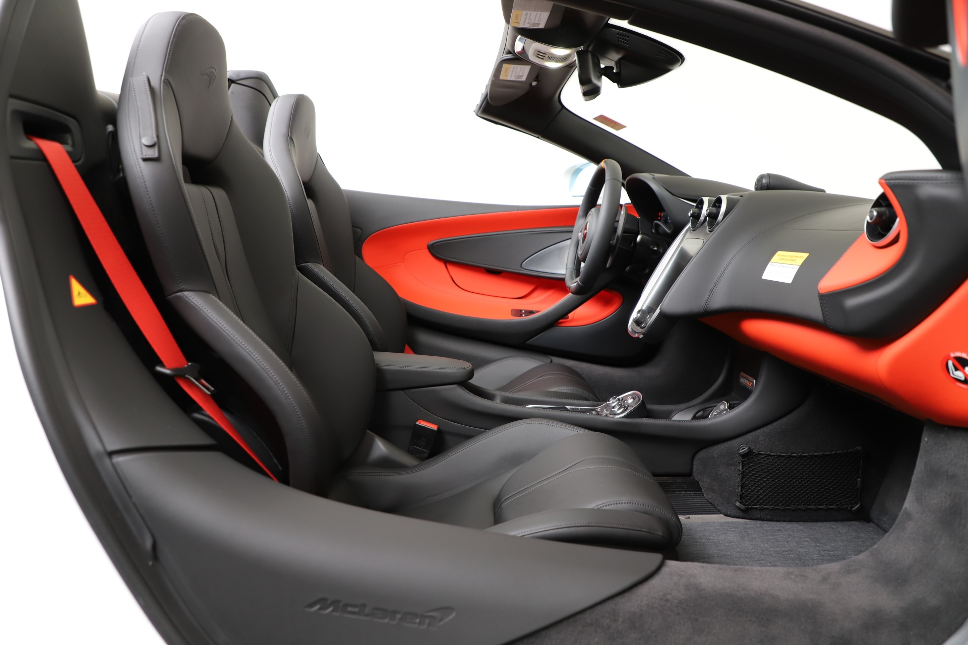 New 2020 McLaren 600LT Spider For Sale In Greenwich, CT. Alfa Romeo of Greenwich, MC433 3314_p25