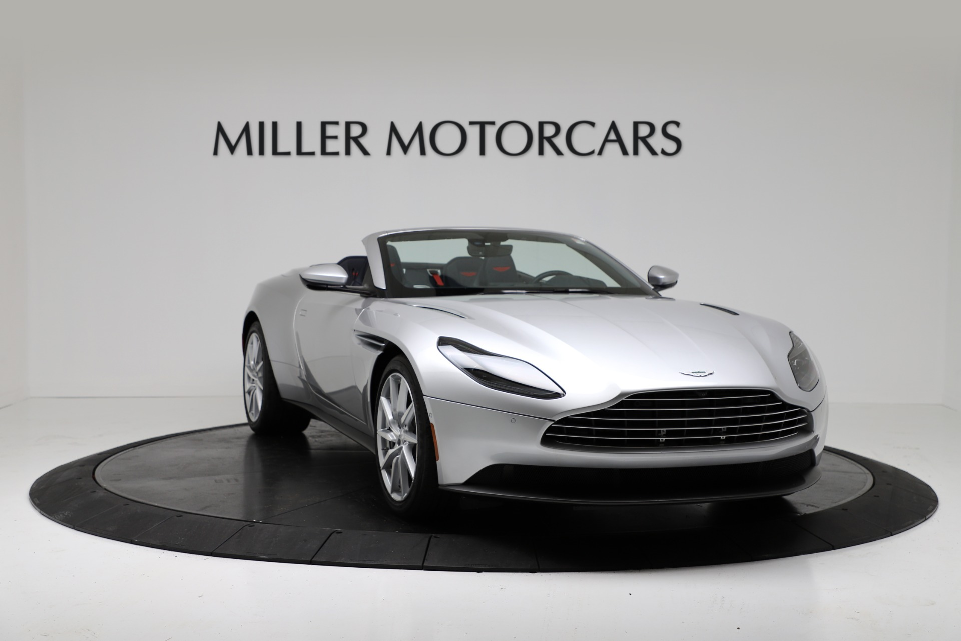 New 2019 Aston Martin DB11 V8 Convertible For Sale In Greenwich, CT. Alfa Romeo of Greenwich, A1371 3316_p11