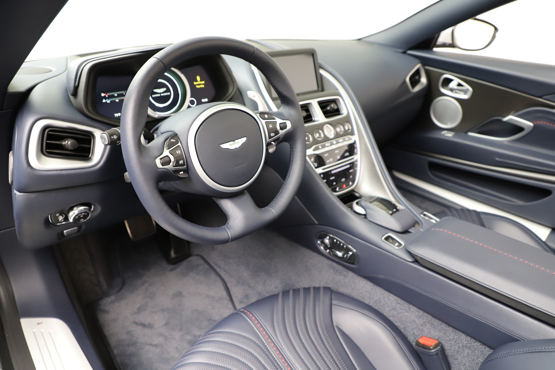 New 2019 Aston Martin DB11 V8 Convertible For Sale In Greenwich, CT. Alfa Romeo of Greenwich, A1371 3316_p20