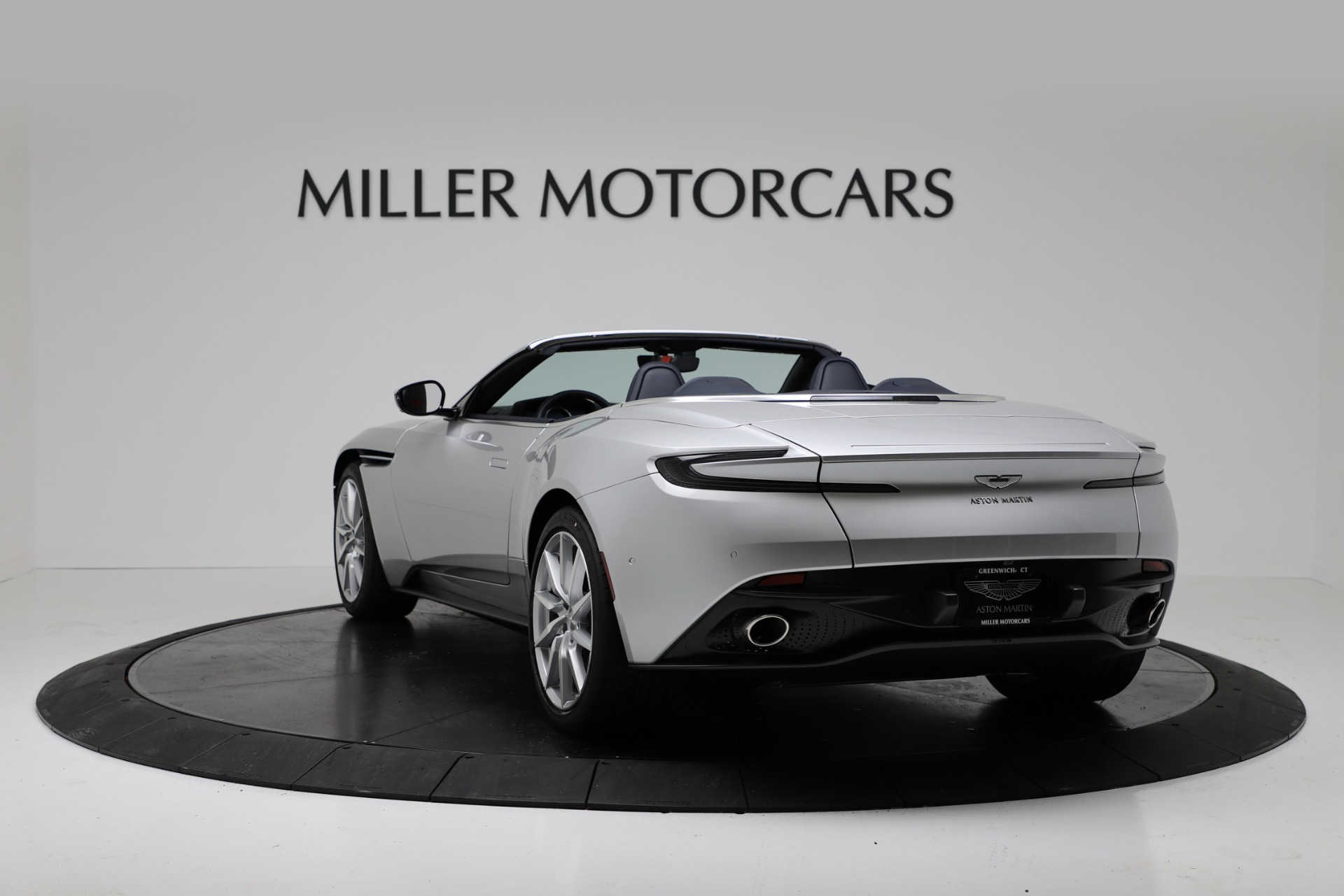 New 2019 Aston Martin DB11 V8 Convertible For Sale In Greenwich, CT. Alfa Romeo of Greenwich, A1371 3316_p5