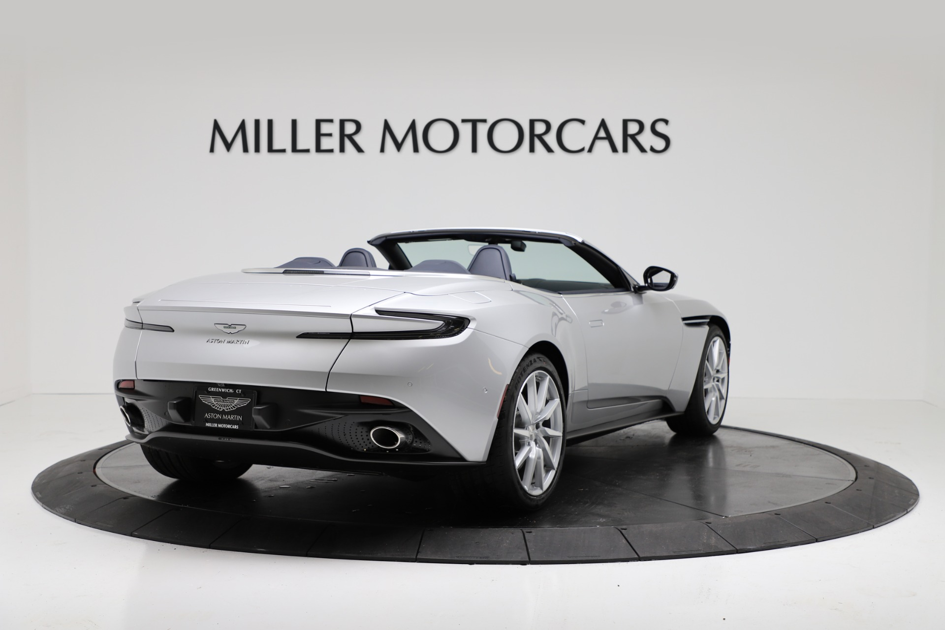 New 2019 Aston Martin DB11 V8 Convertible For Sale In Greenwich, CT. Alfa Romeo of Greenwich, A1371 3316_p7