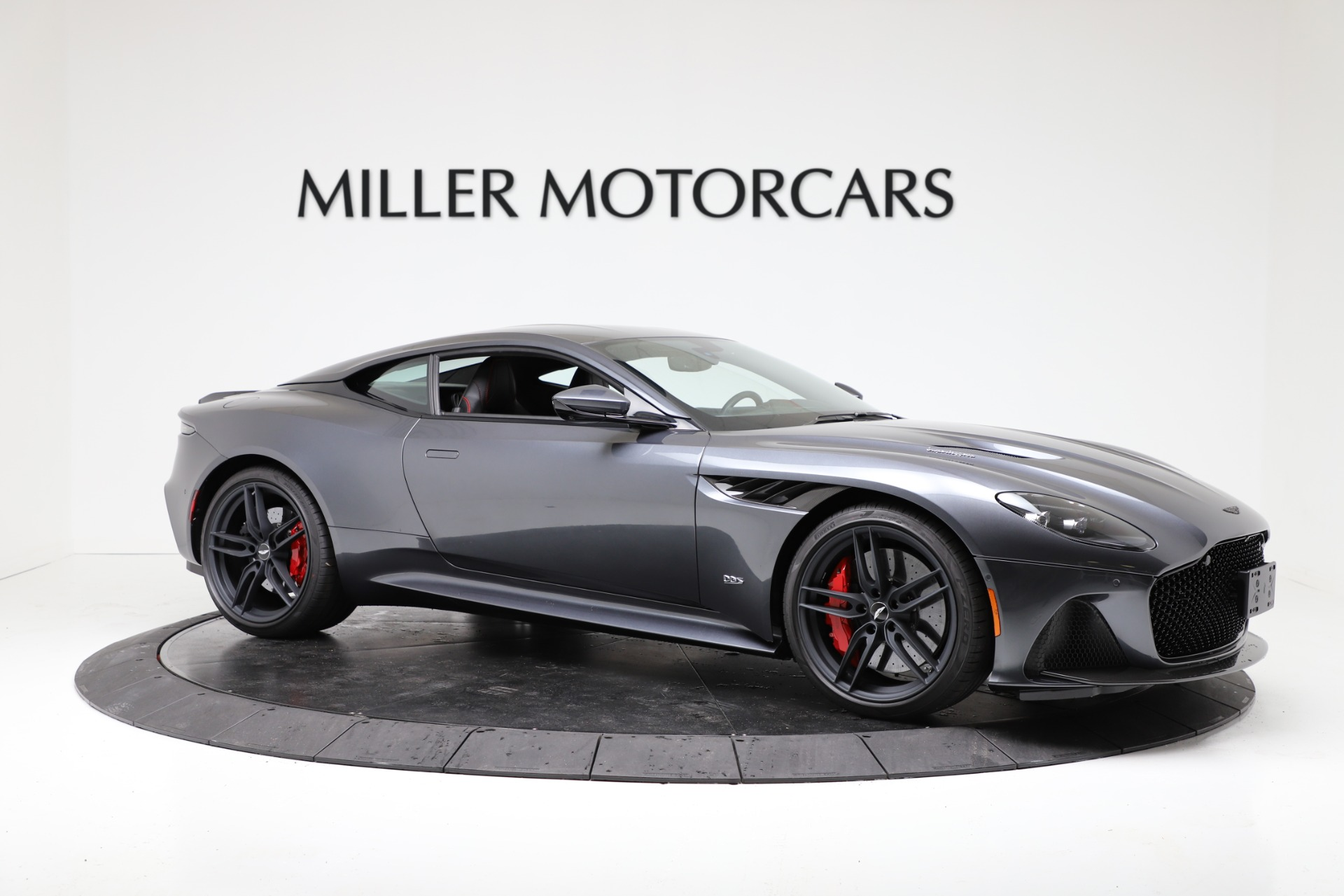 New 2019 Aston Martin DBS Superleggera For Sale In Greenwich, CT. Alfa Romeo of Greenwich, A1379 3318_p9