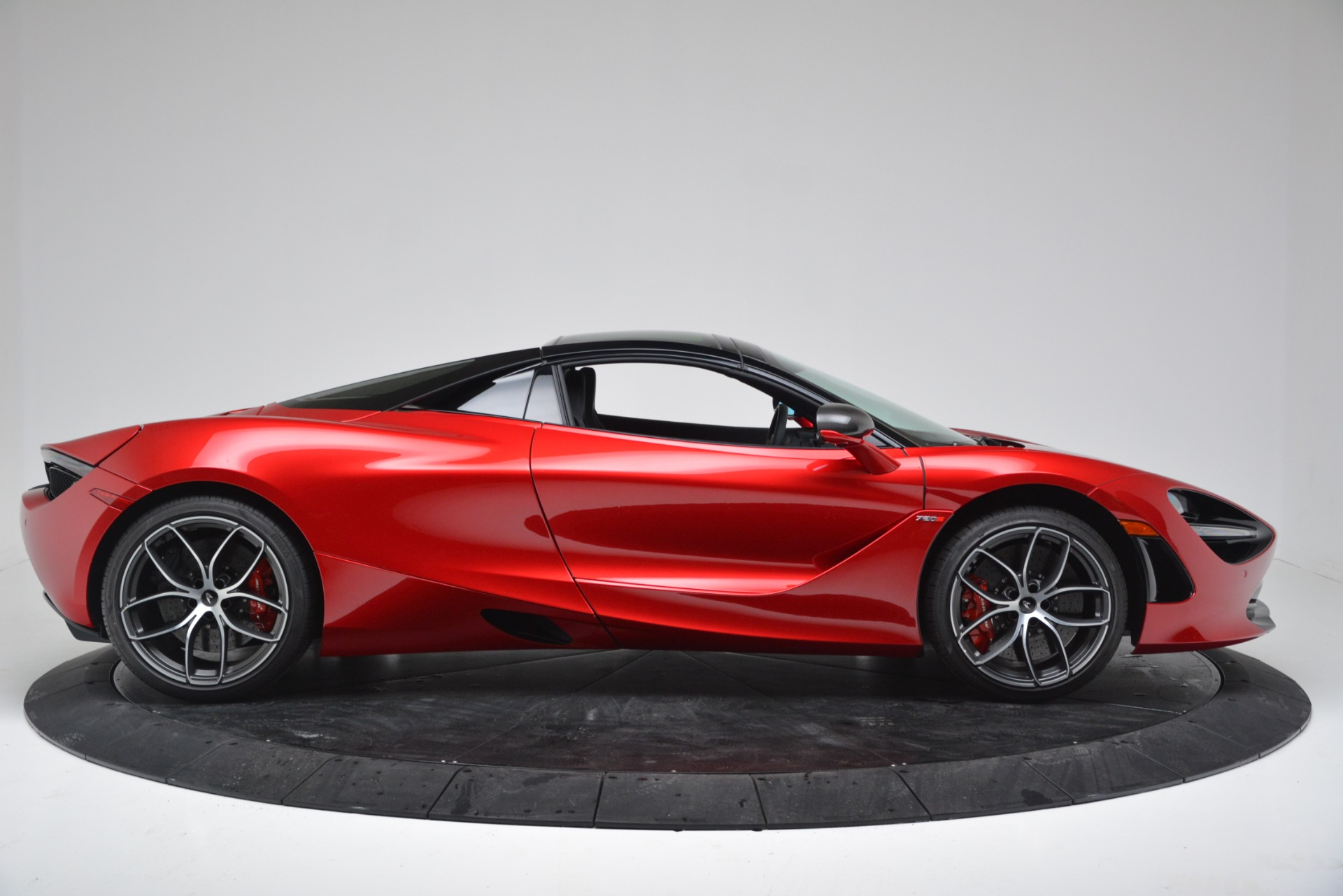 New 2020 McLaren 720S Convertible For Sale In Greenwich, CT. Alfa Romeo of Greenwich, MC442 3320_p11