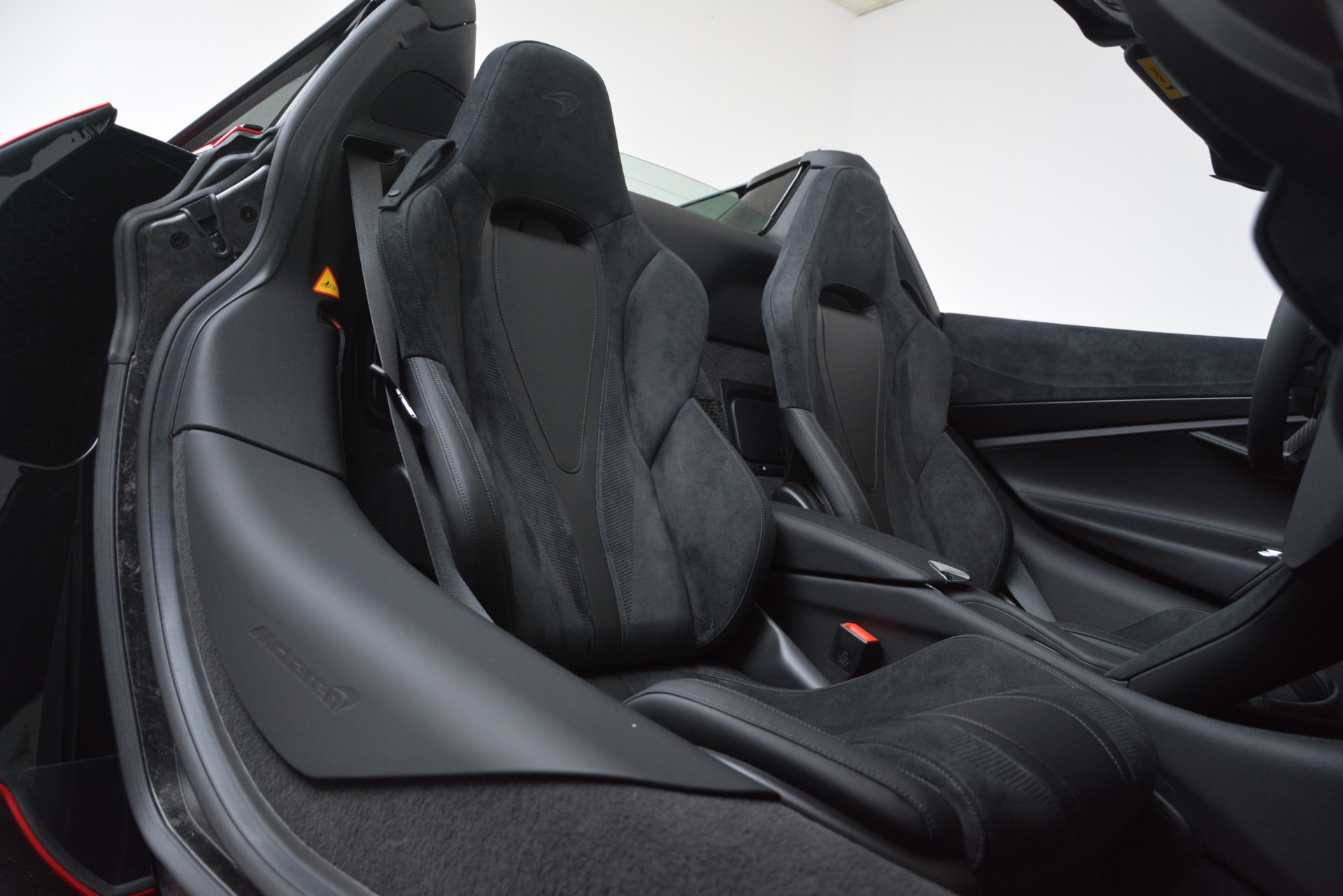 New 2020 McLaren 720S Convertible For Sale In Greenwich, CT. Alfa Romeo of Greenwich, MC442 3320_p38