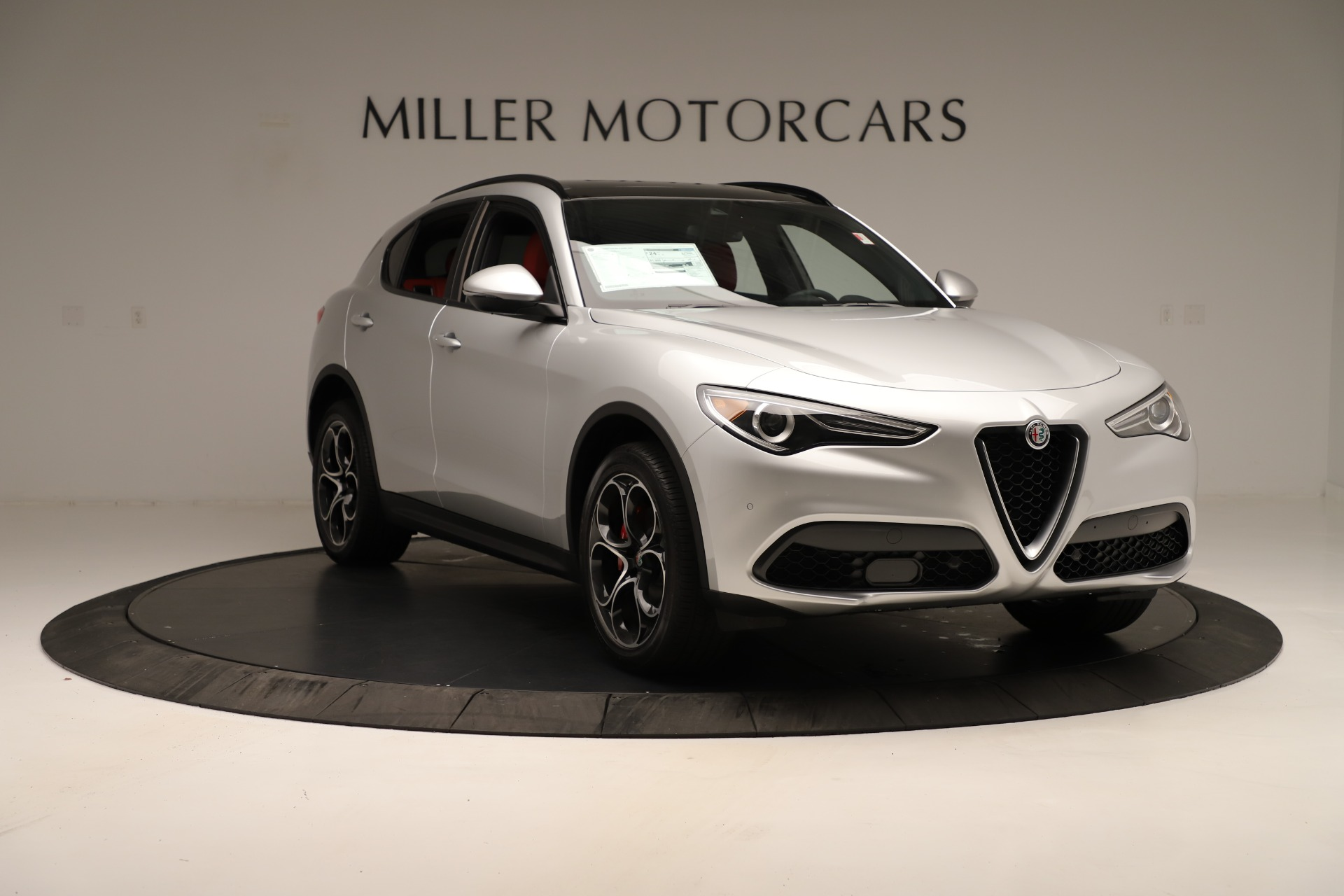 New 2019 Alfa Romeo Stelvio Ti Sport Q4 For Sale In Greenwich, CT. Alfa Romeo of Greenwich, LW361 3323_p11