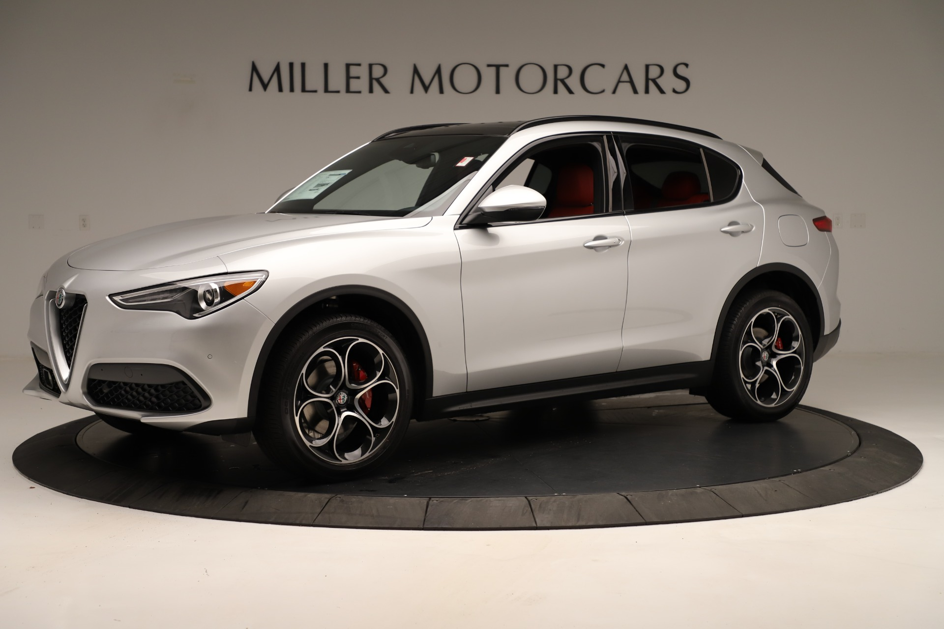 New 2019 Alfa Romeo Stelvio Ti Sport Q4 For Sale In Greenwich, CT. Alfa Romeo of Greenwich, LW361 3323_p2