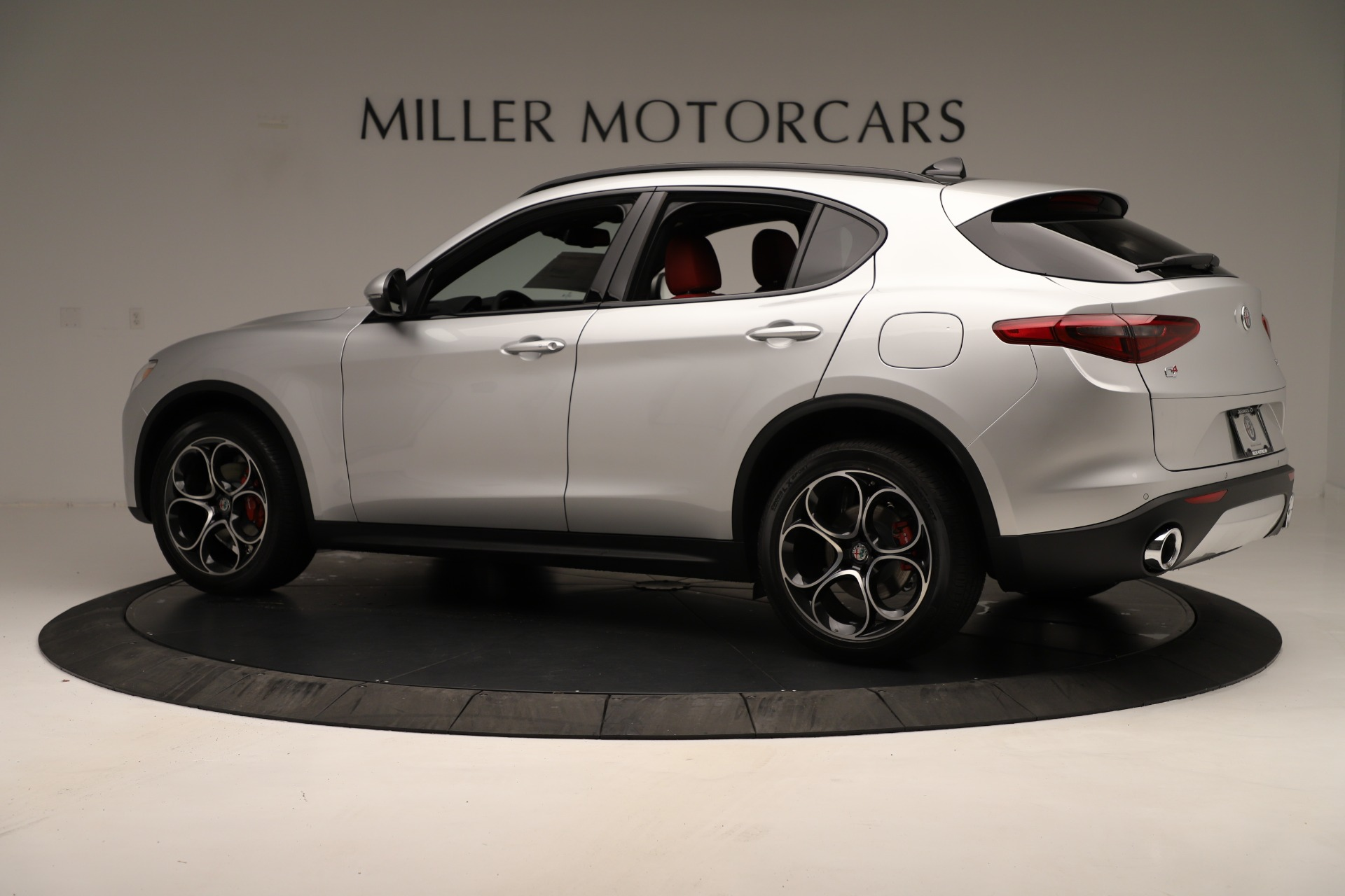 New 2019 Alfa Romeo Stelvio Ti Sport Q4 For Sale In Greenwich, CT. Alfa Romeo of Greenwich, LW361 3323_p4