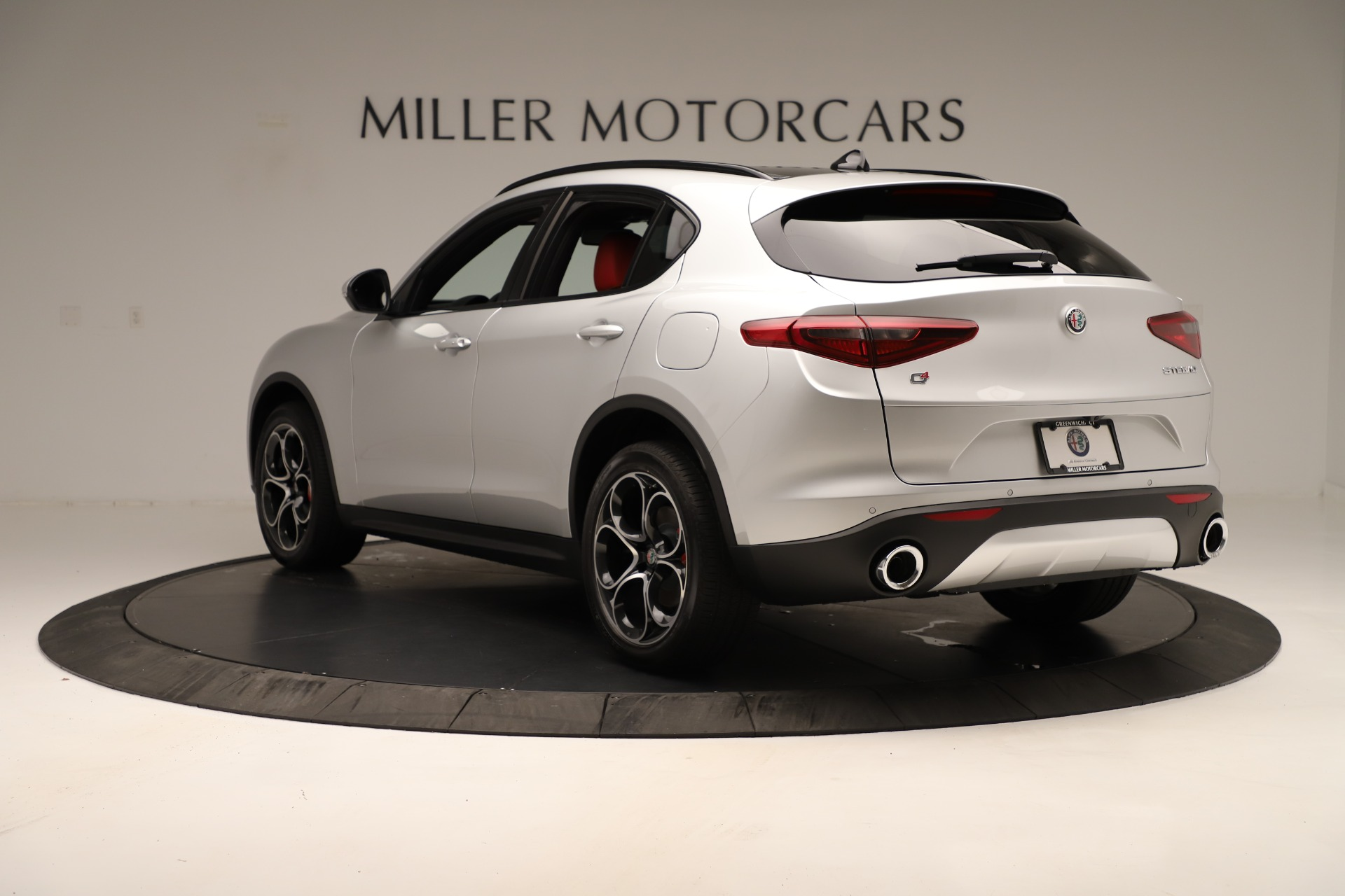 New 2019 Alfa Romeo Stelvio Ti Sport Q4 For Sale In Greenwich, CT. Alfa Romeo of Greenwich, LW361 3323_p5