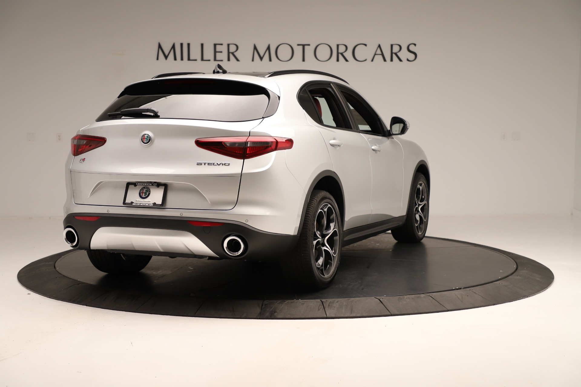 New 2019 Alfa Romeo Stelvio Ti Sport Q4 For Sale In Greenwich, CT. Alfa Romeo of Greenwich, LW361 3323_p7
