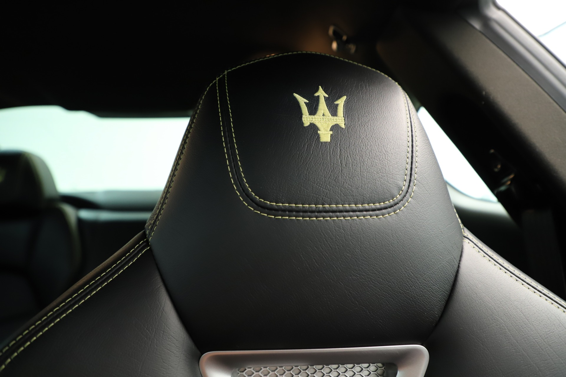 Used 2013 Maserati GranTurismo Sport For Sale In Greenwich, CT. Alfa Romeo of Greenwich, 7598 3327_p22