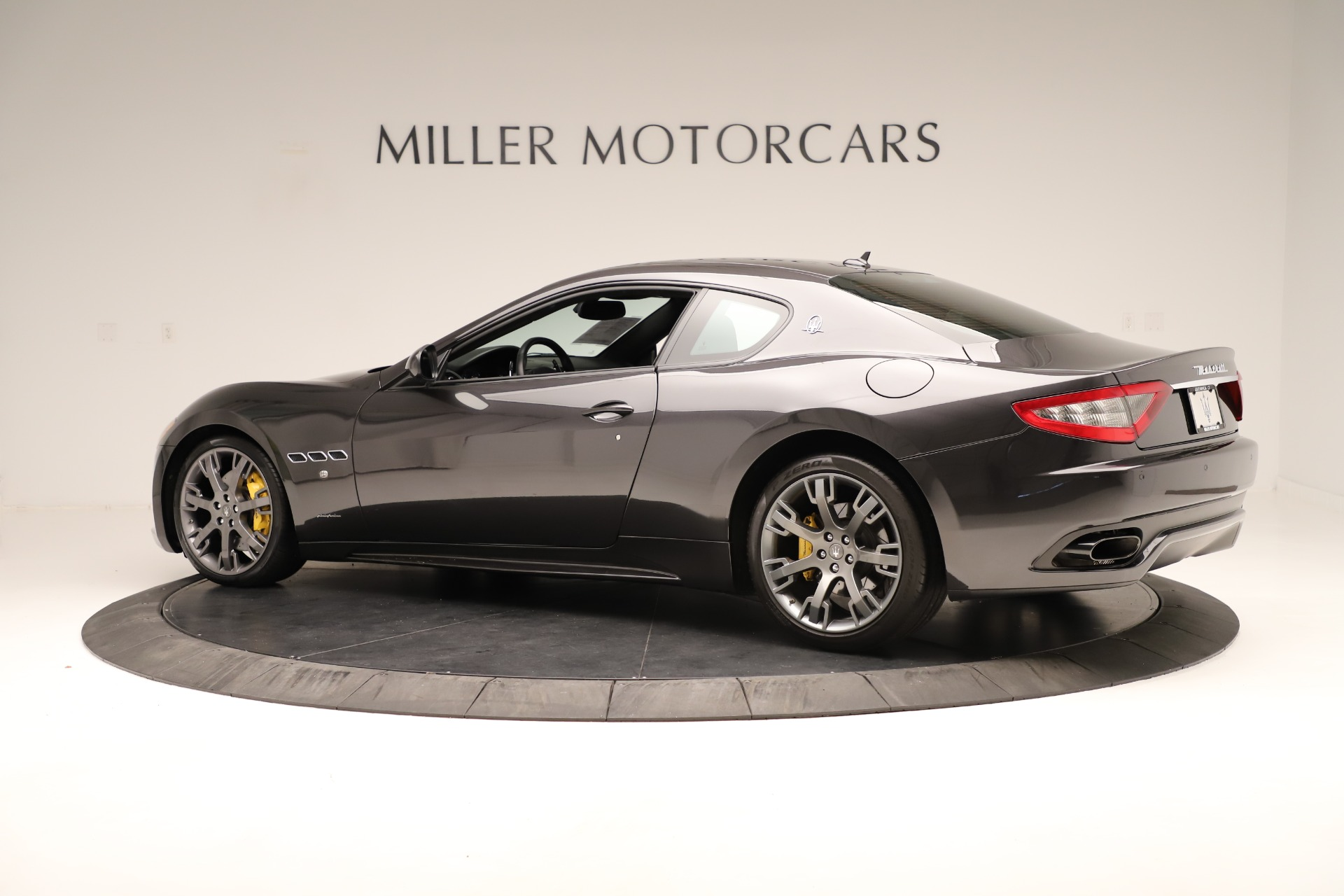 Used 2013 Maserati GranTurismo Sport For Sale In Greenwich, CT. Alfa Romeo of Greenwich, 7598 3327_p4